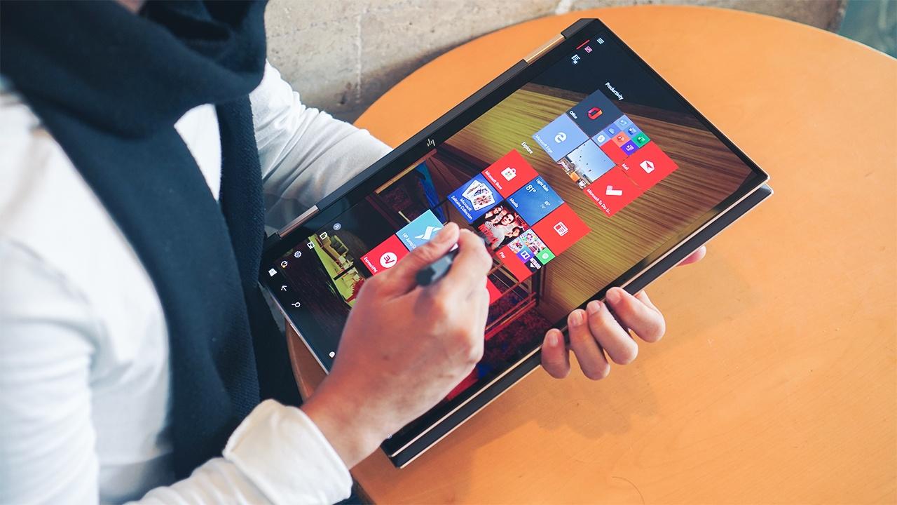 Top 5 laptop tot nhat tinh den dau nam 2020 hinh anh 8 GadgetMatch_20200225_HP_Spectre_x360_Convertible_15.jpg
