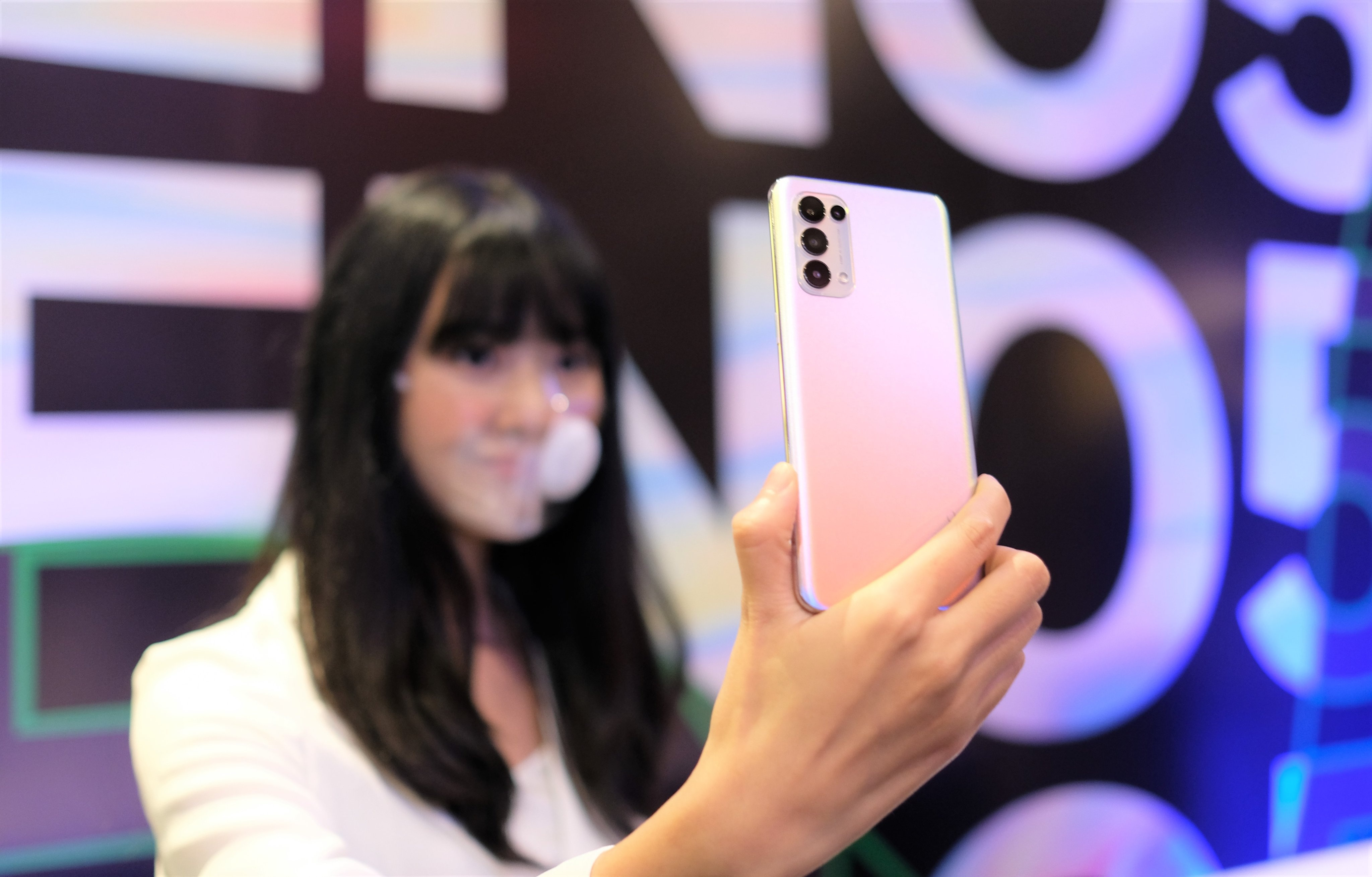 Oppo anh 7