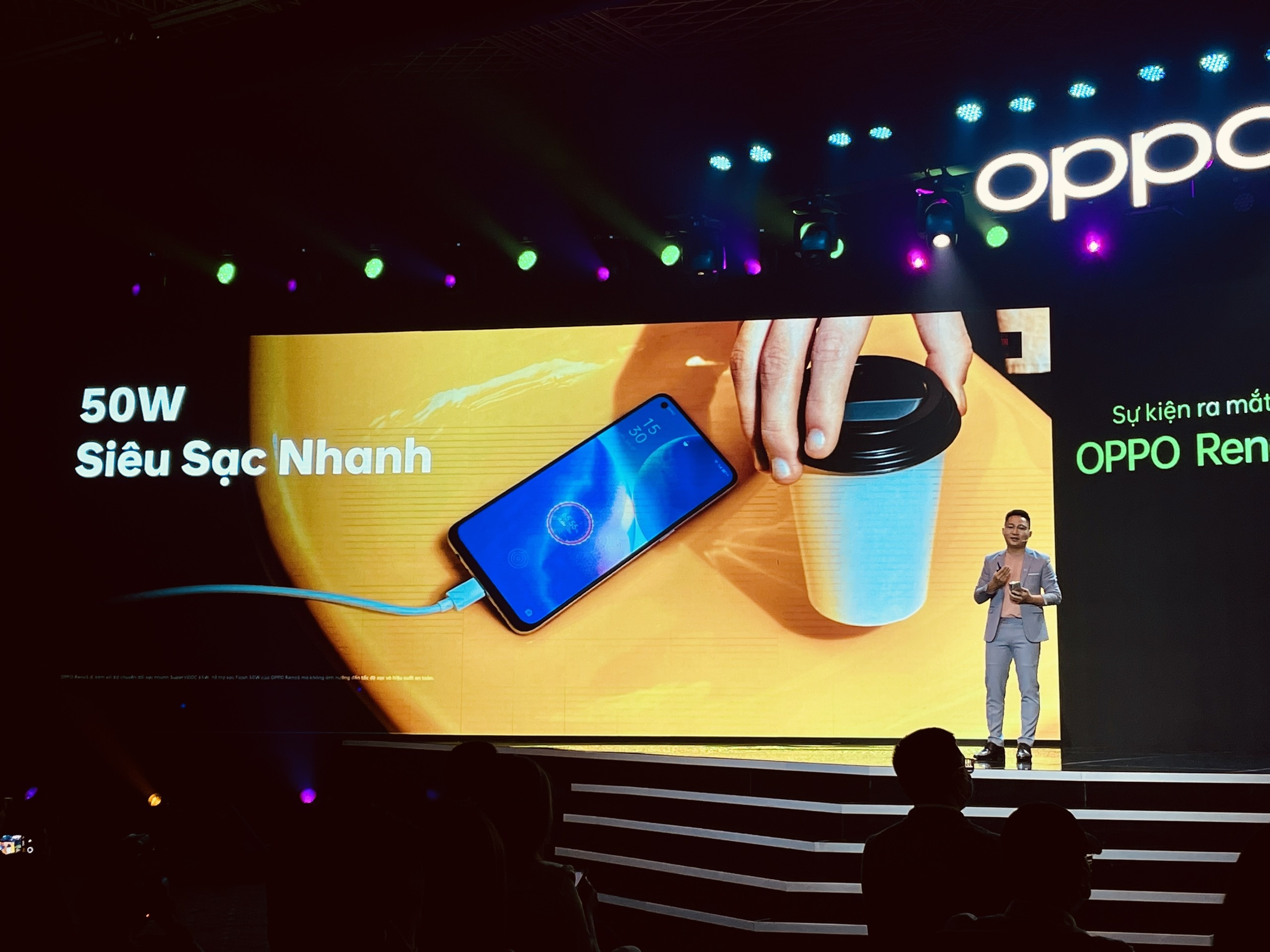 Oppo anh 5
