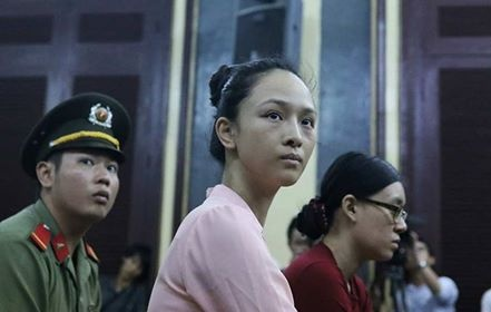 Truong Ho Phuong Nga anh 8