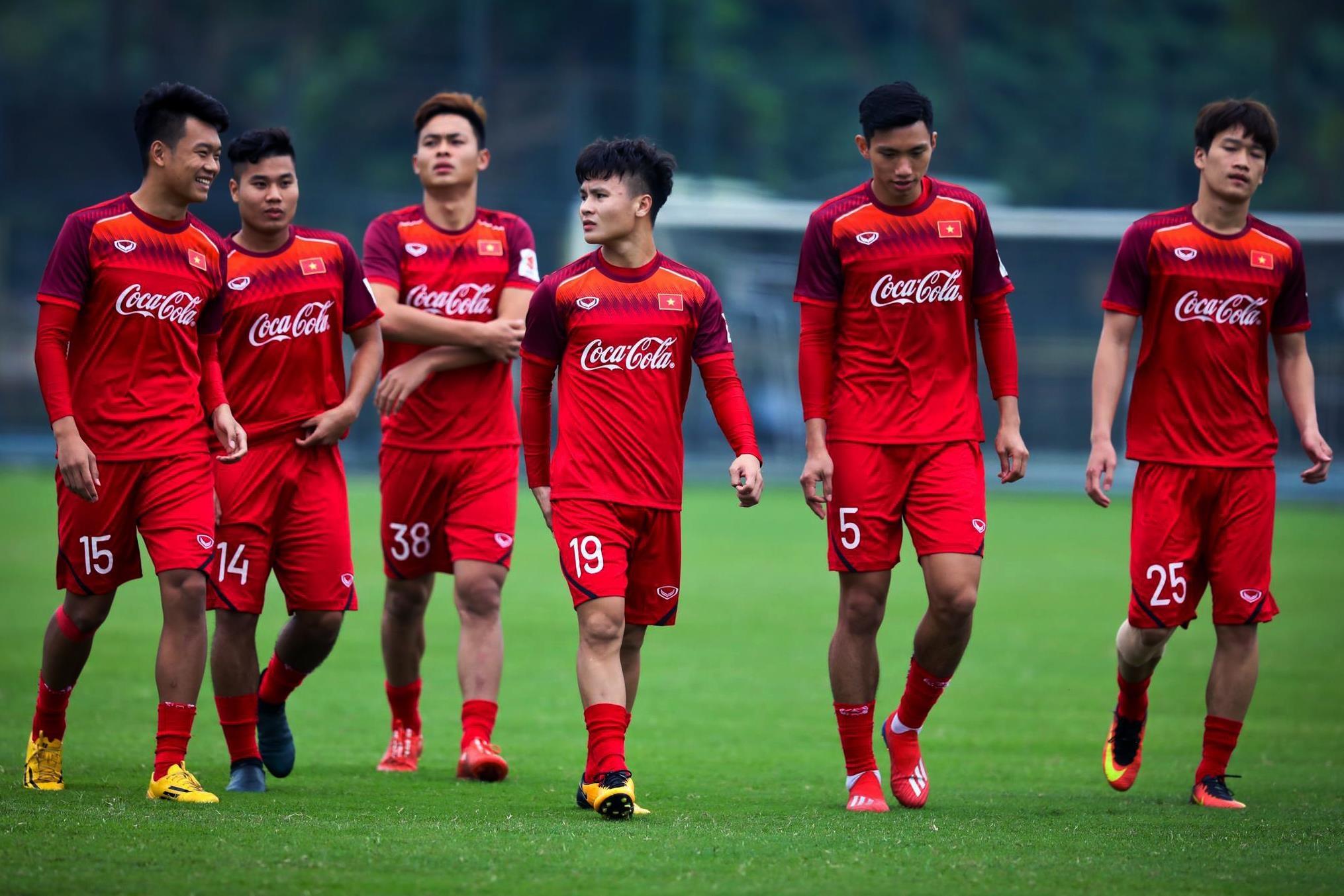 Quang Hai: Tu cau be toi thu linh U23 Viet Nam anh 11