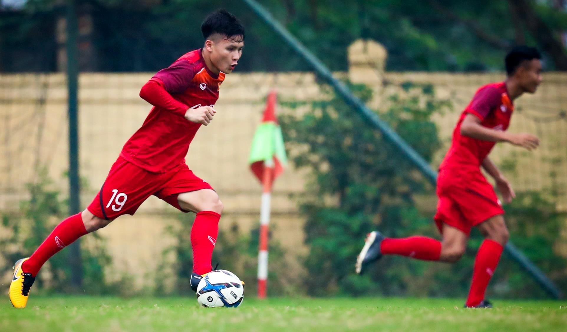 Quang Hai: Tu cau be toi thu linh U23 Viet Nam anh 12
