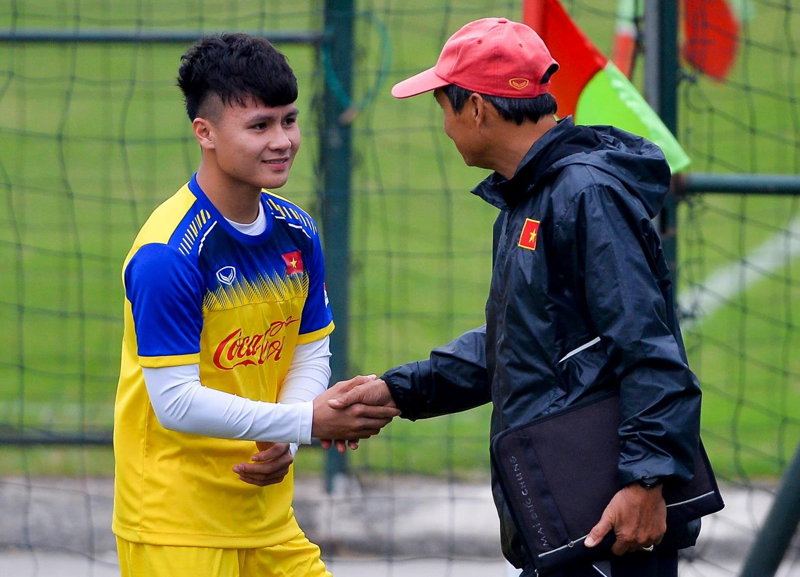 Quang Hai: Tu cau be toi thu linh U23 Viet Nam anh 15