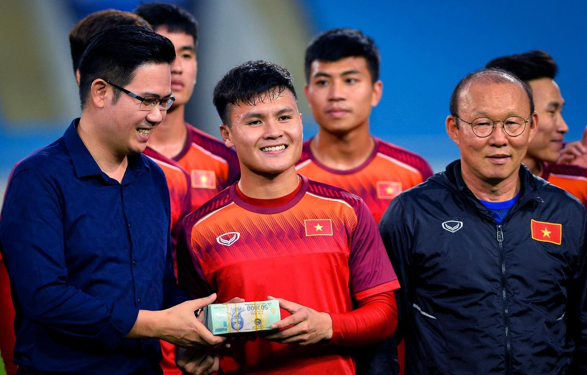 Quang Hai: Tu cau be toi thu linh U23 Viet Nam anh 29