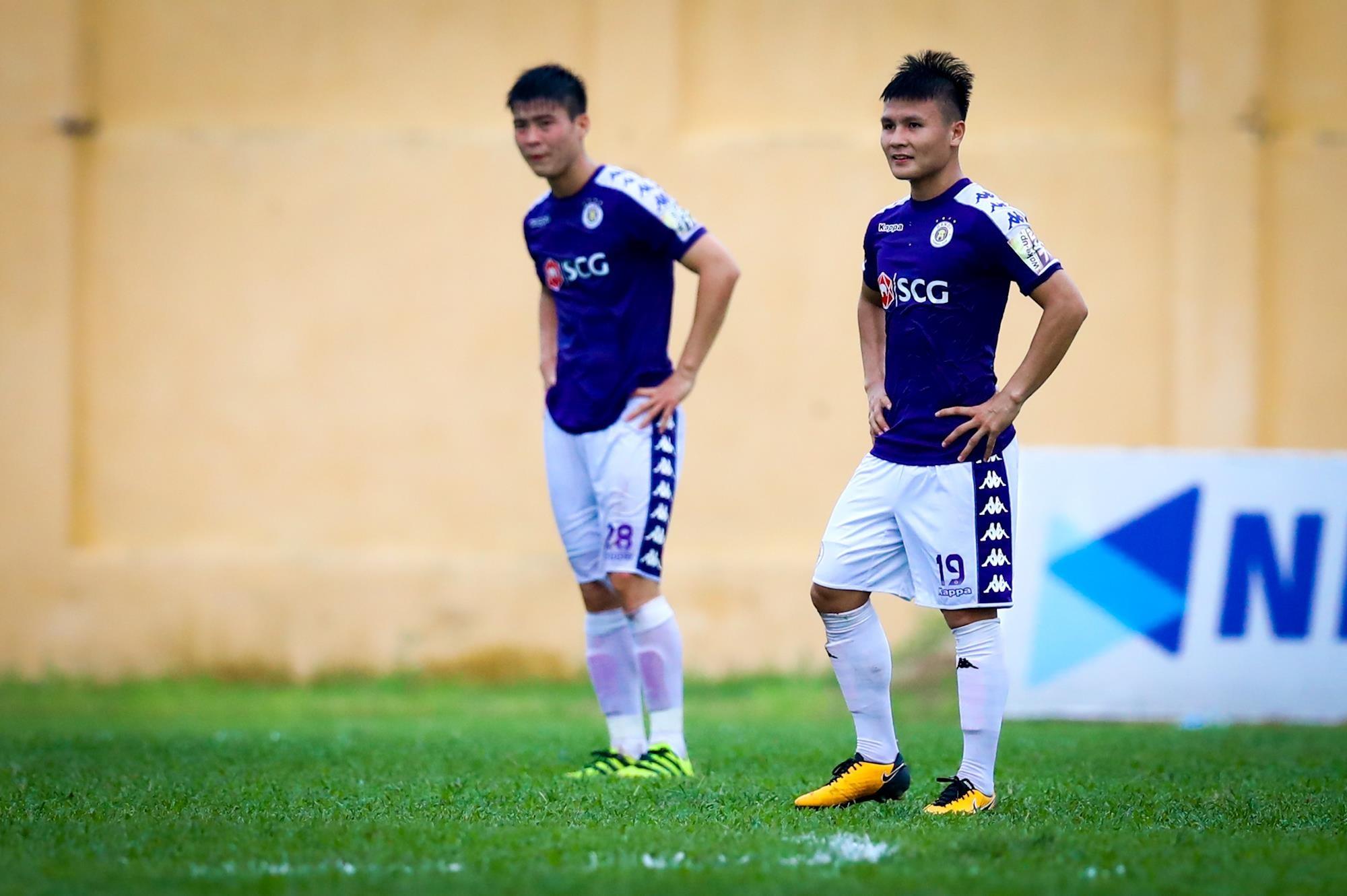 Quang Hải tịt ngòi 7 trận: Thùng thuốc súng đang chờ King's Cup