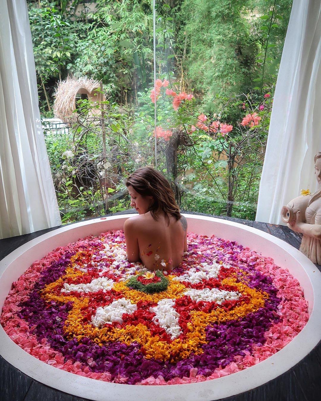 Nhung bon tam hoa tuyet my cho cac cap doi o Bali hinh anh 23 79274366_142611850497949_372373662602245585_n.jpg