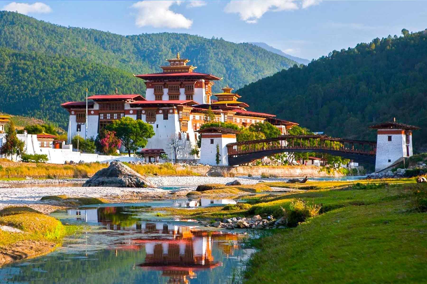 Lang thang đất nước bí ẩn bậc nhất thế giới Bhutan