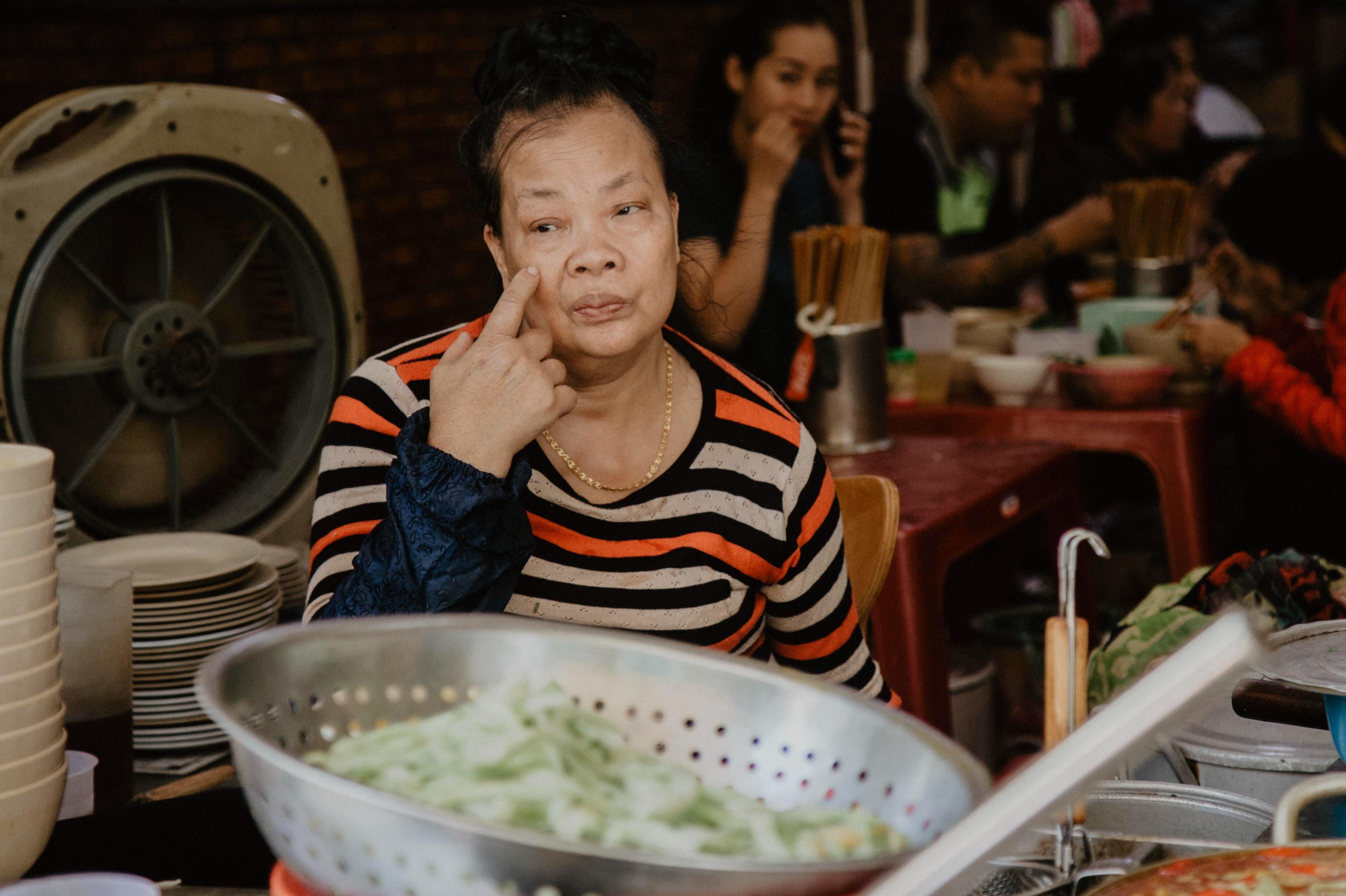 Chủ quán bún chửi ở Hà Nội: 'Già rồi, tôi cũng sợ bị đánh'