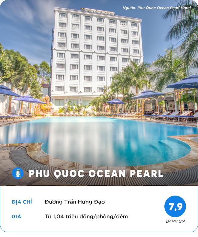 - 3 - Khách sạn cao cấp ở trung tâm Phú Quốc