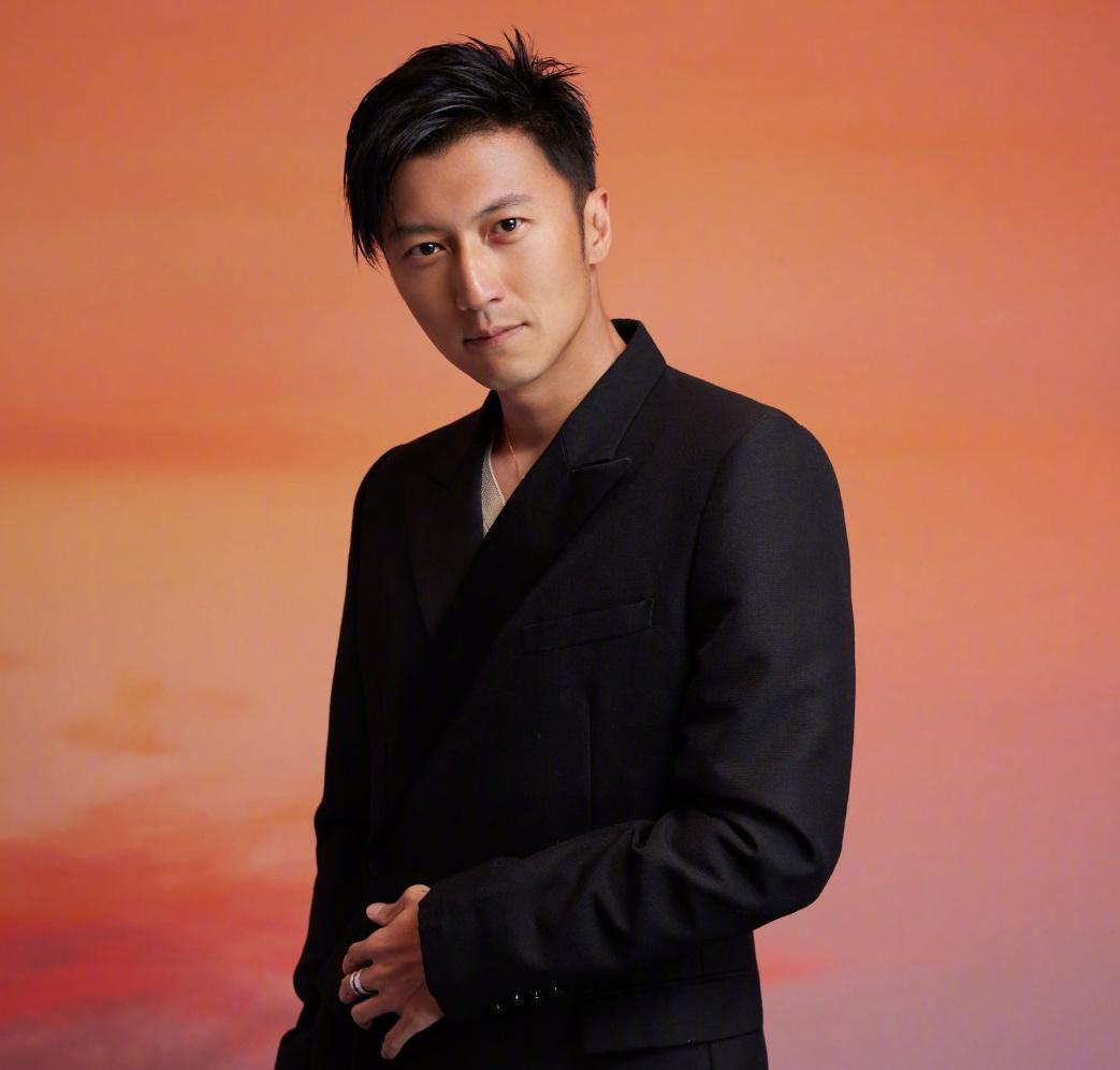 Ta Dinh Phong Vuong Phi anh 4
