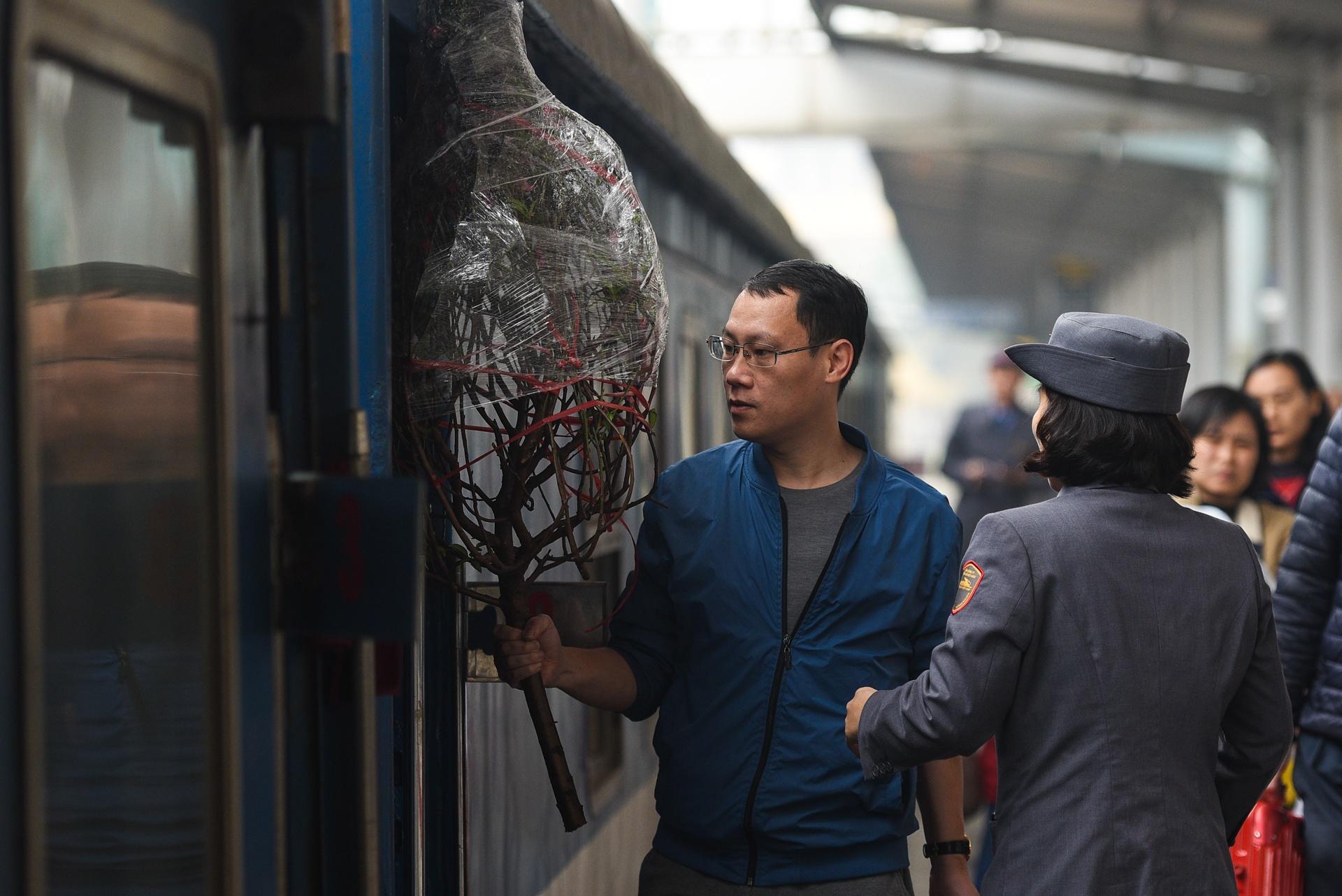Tet tren nhung chuyen tau cuoi cung cua nam Ky Hoi hinh anh 1 DSC_1302_zing.jpg