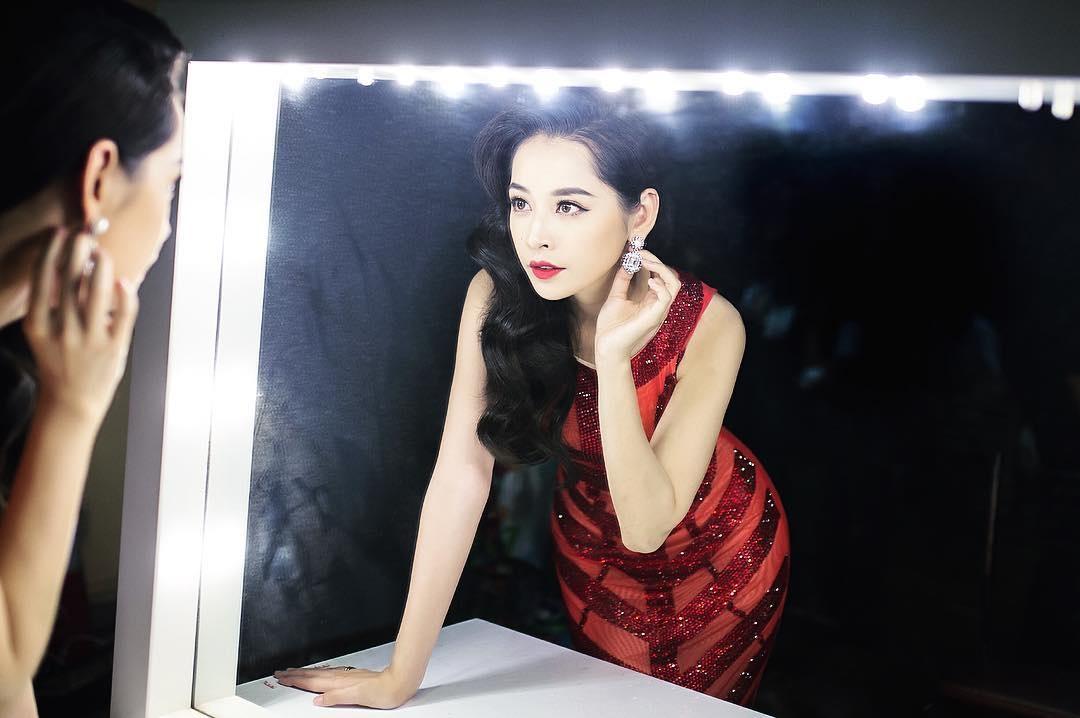 10 hot girl noi tieng co nhieu fan nhat trong gioi tre Viet hinh anh 11
