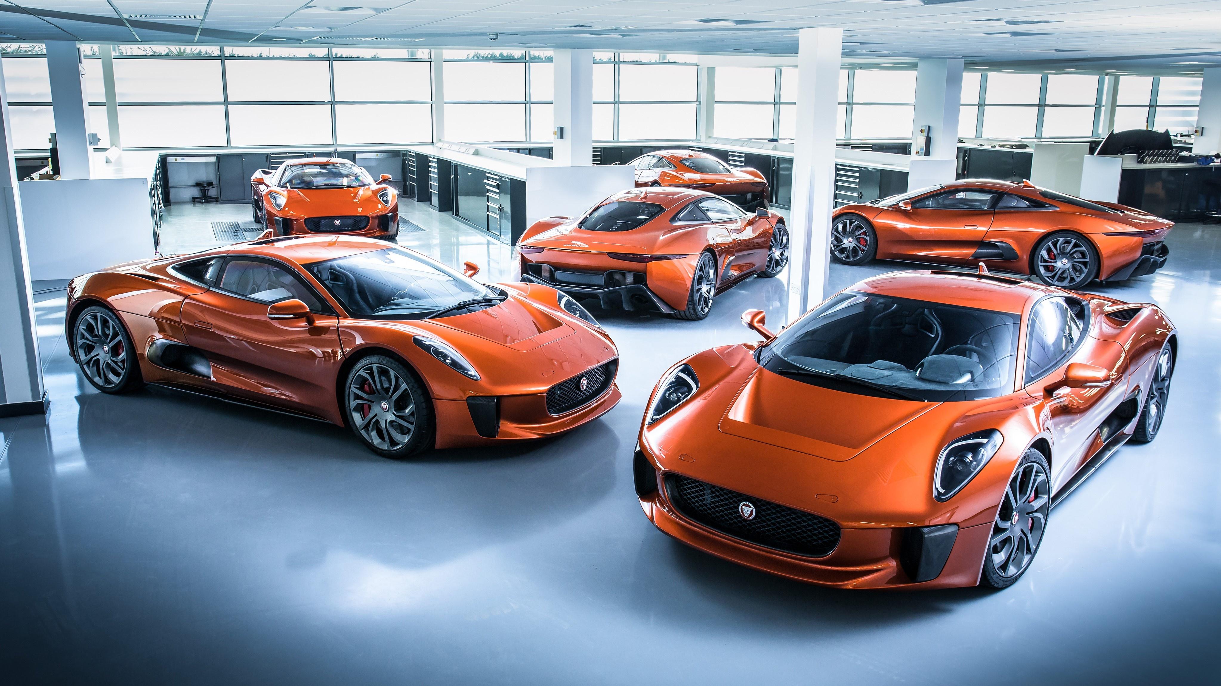 Sieu xe Jaguar C-X75 trong phim James Bond gia 1,2 trieu USD hinh anh 1