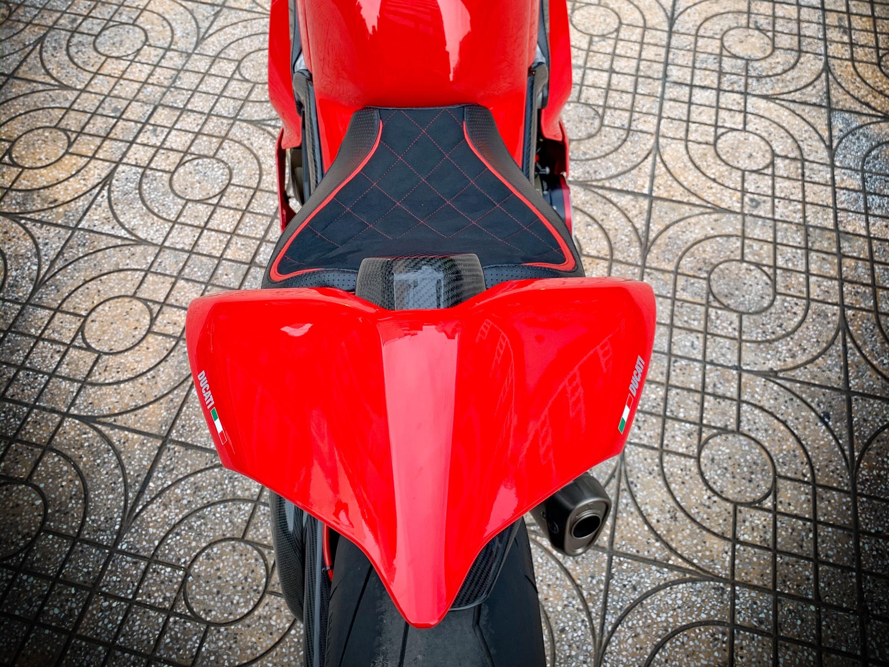 Moto tien ty Ducati Panigale V4 S voi goi do dat gia tai TP.HCM hinh anh 20 V4_13.jpeg