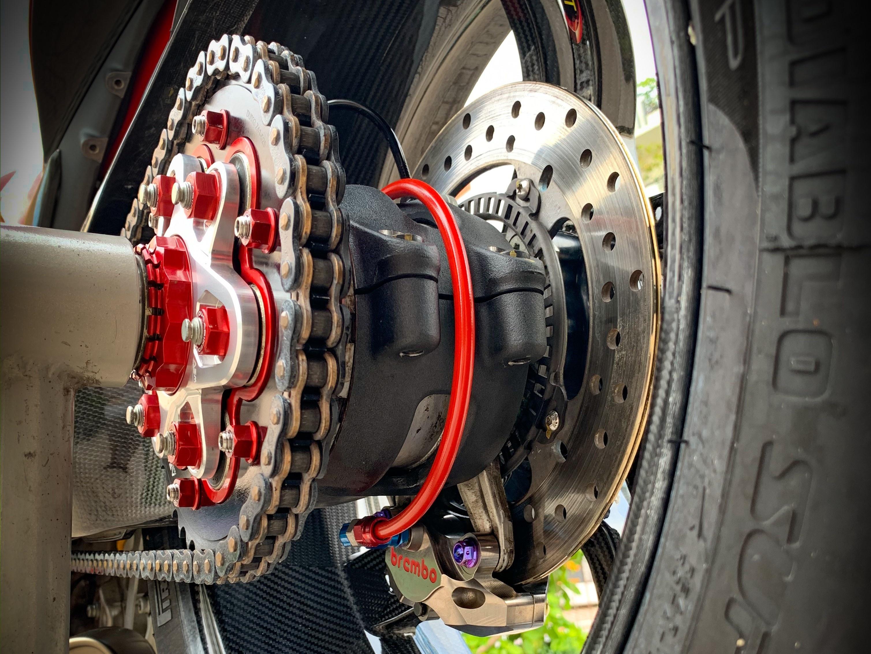 Moto tien ty Ducati Panigale V4 S voi goi do dat gia tai TP.HCM hinh anh 16 V4_22.jpeg