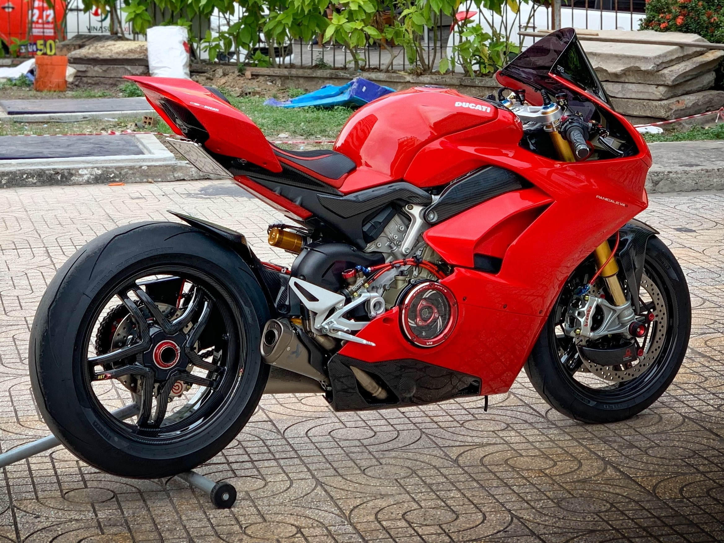 Moto tien ty Ducati Panigale V4 S voi goi do dat gia tai TP.HCM hinh anh 6 V4_8.jpeg