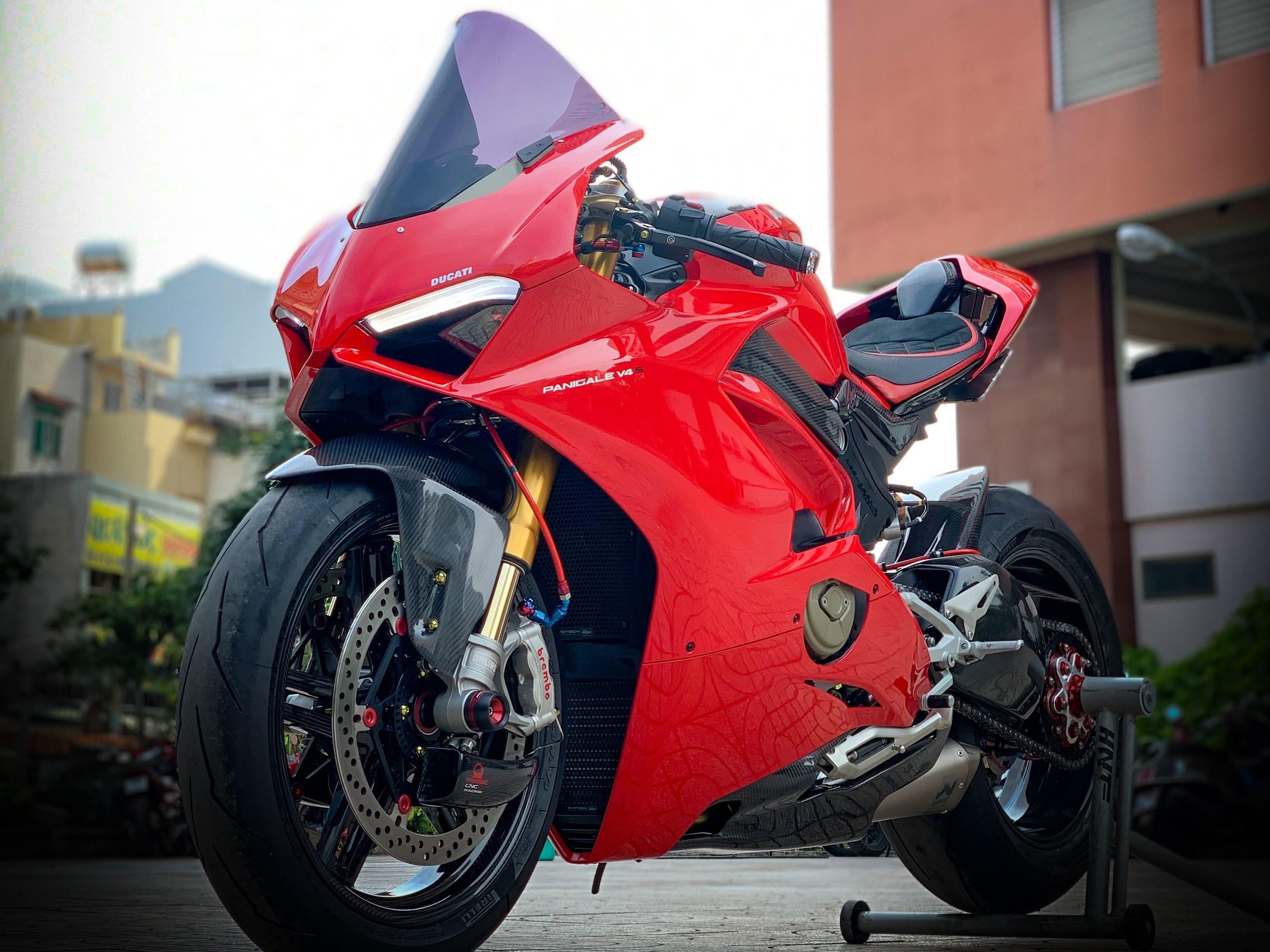 Moto tien ty Ducati Panigale V4 S voi goi do dat gia tai TP.HCM hinh anh 5 V4_9.jpeg