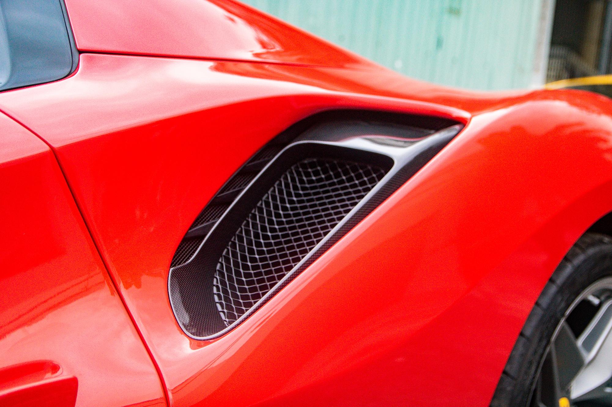 Ferrari 488 Pista Spider dau tien Viet Nam anh 4