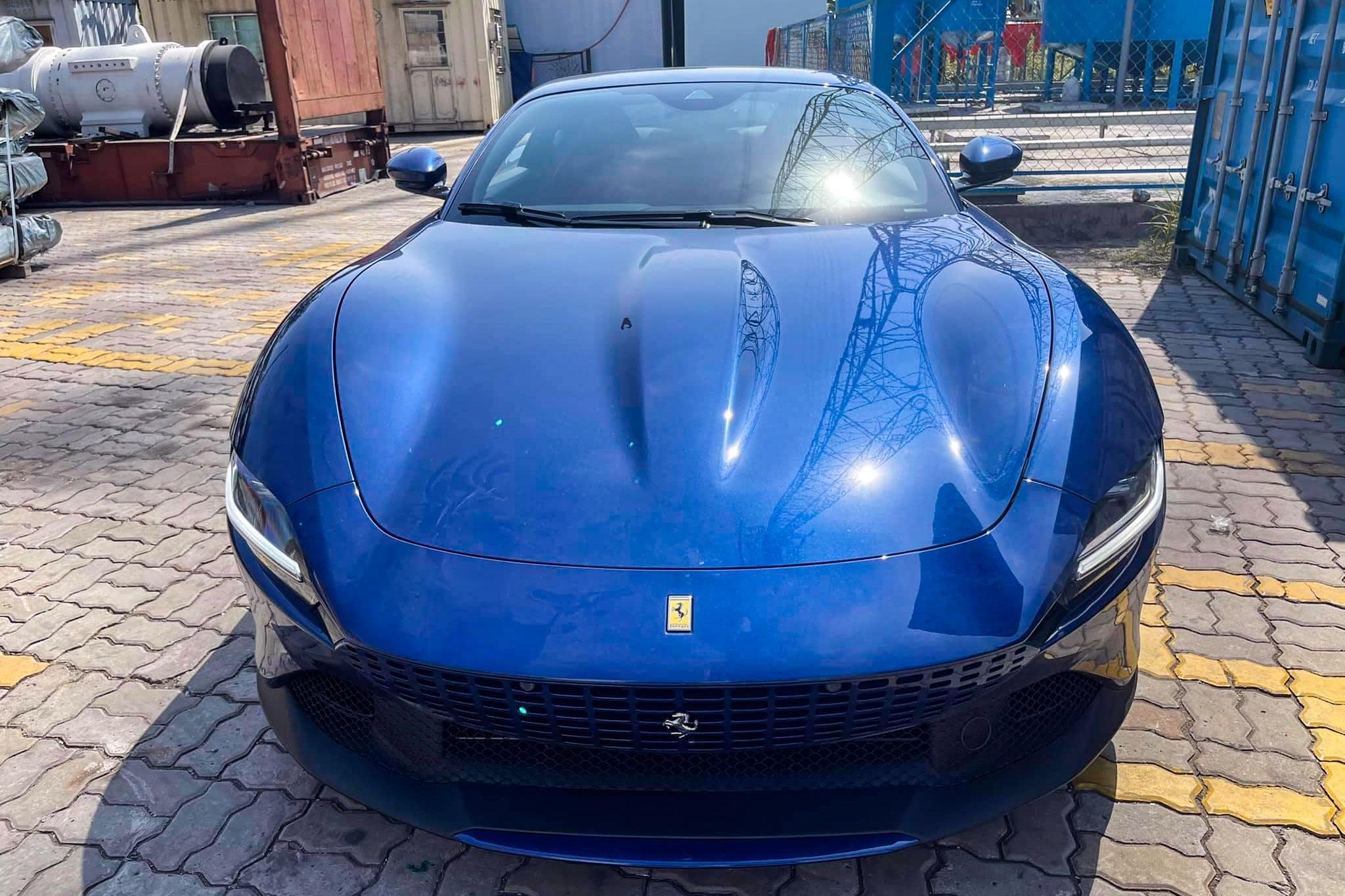 Ferrari Roma ve Viet Nam anh 2