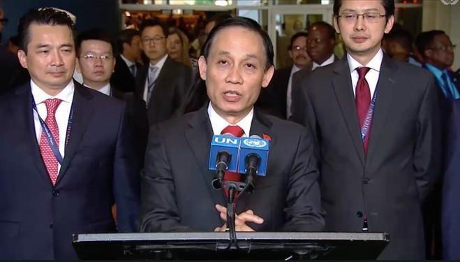 DS Ngo Quang Xuan: VN da van dong 10 nam de co ngay vao HDBA hom nay hinh anh 5