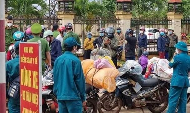 120 người từ Bình Phước về Nghệ An bị kẹt ở Đắk Nông