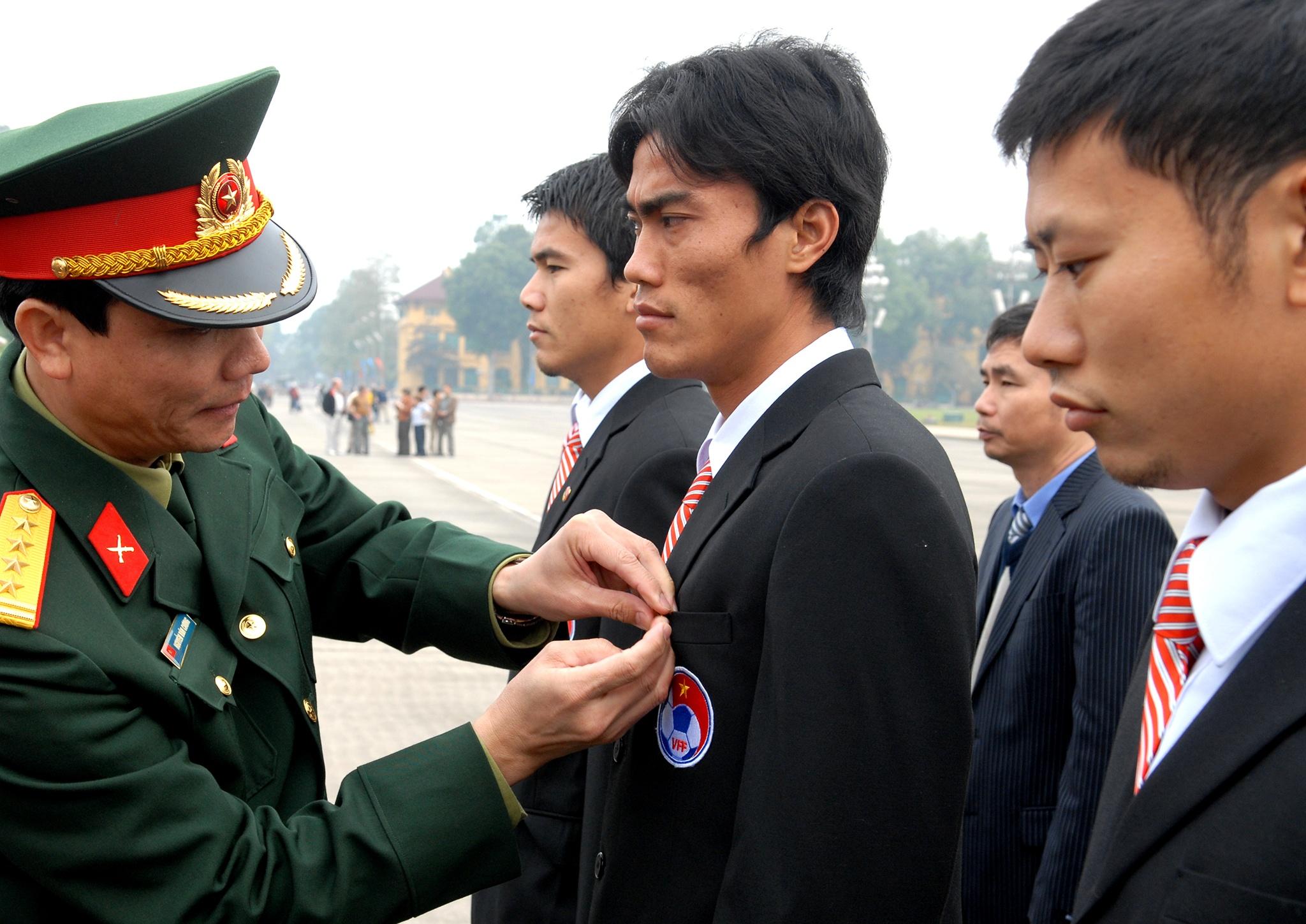 Nhin lai khoanh khac doi tuyen Viet Nam len dinh Dong Nam A nam 2008 hinh anh 32