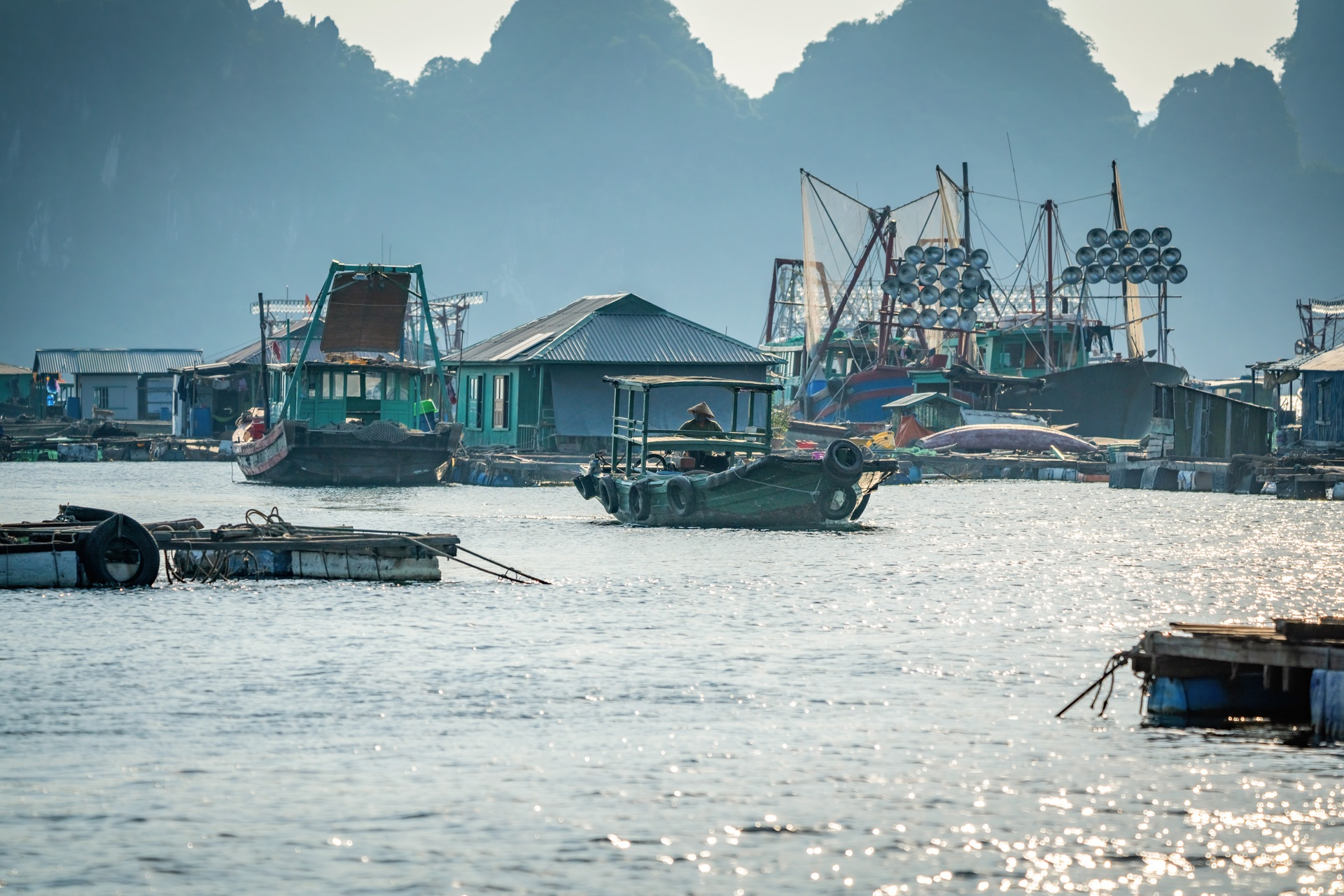 Nhung lang chai du lich o hai vinh dep nhat Quang Ninh hinh anh 30