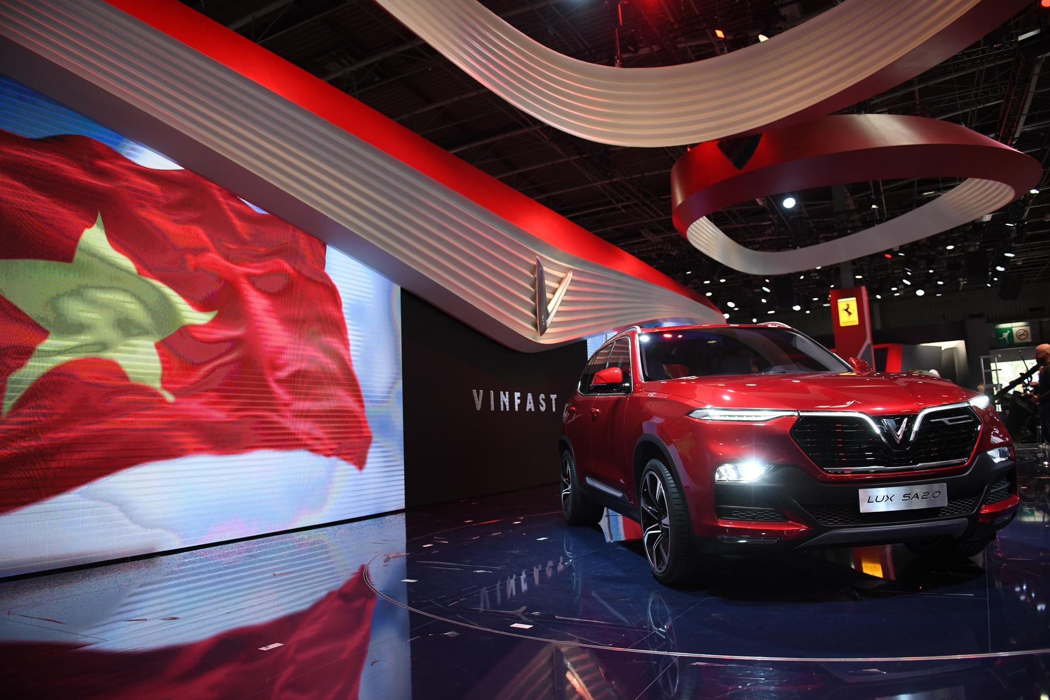 Mot nam ky tich cua VinFast tu Paris Motor Show 2018 den VMS 2019 hinh anh 51
