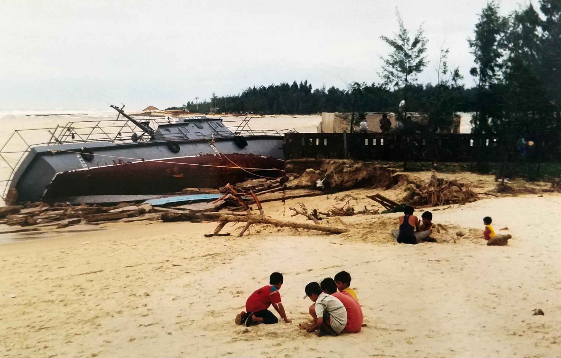 Ky uc tran dai hong thuy nam 1999 o Thua Thien - Hue hinh anh 17