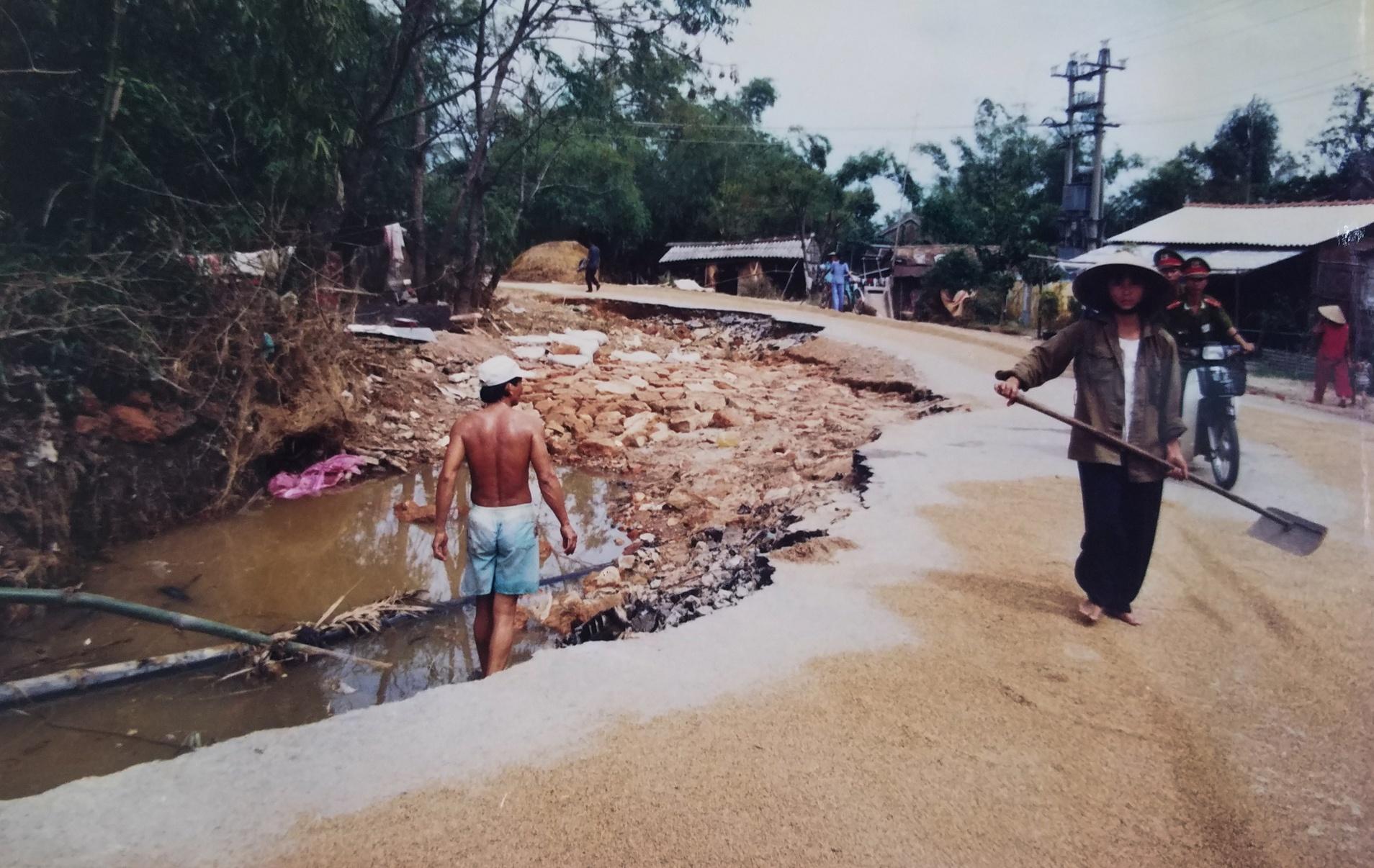 Ky uc tran dai hong thuy nam 1999 o Thua Thien - Hue hinh anh 19