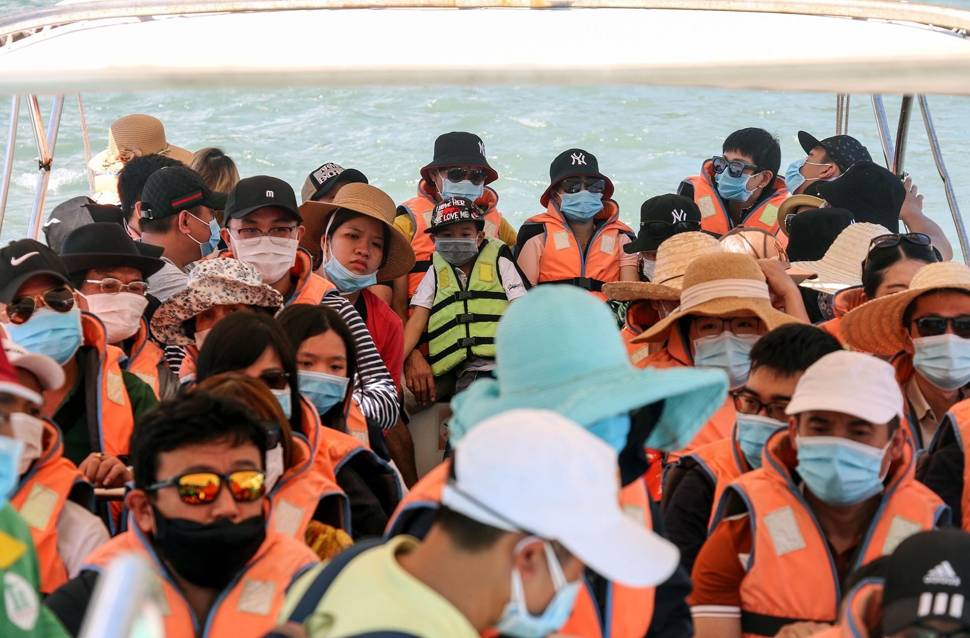 Hàng triệu người du lịch khắp cả nước 4 ngày nghỉ lễ - Ảnh 17.