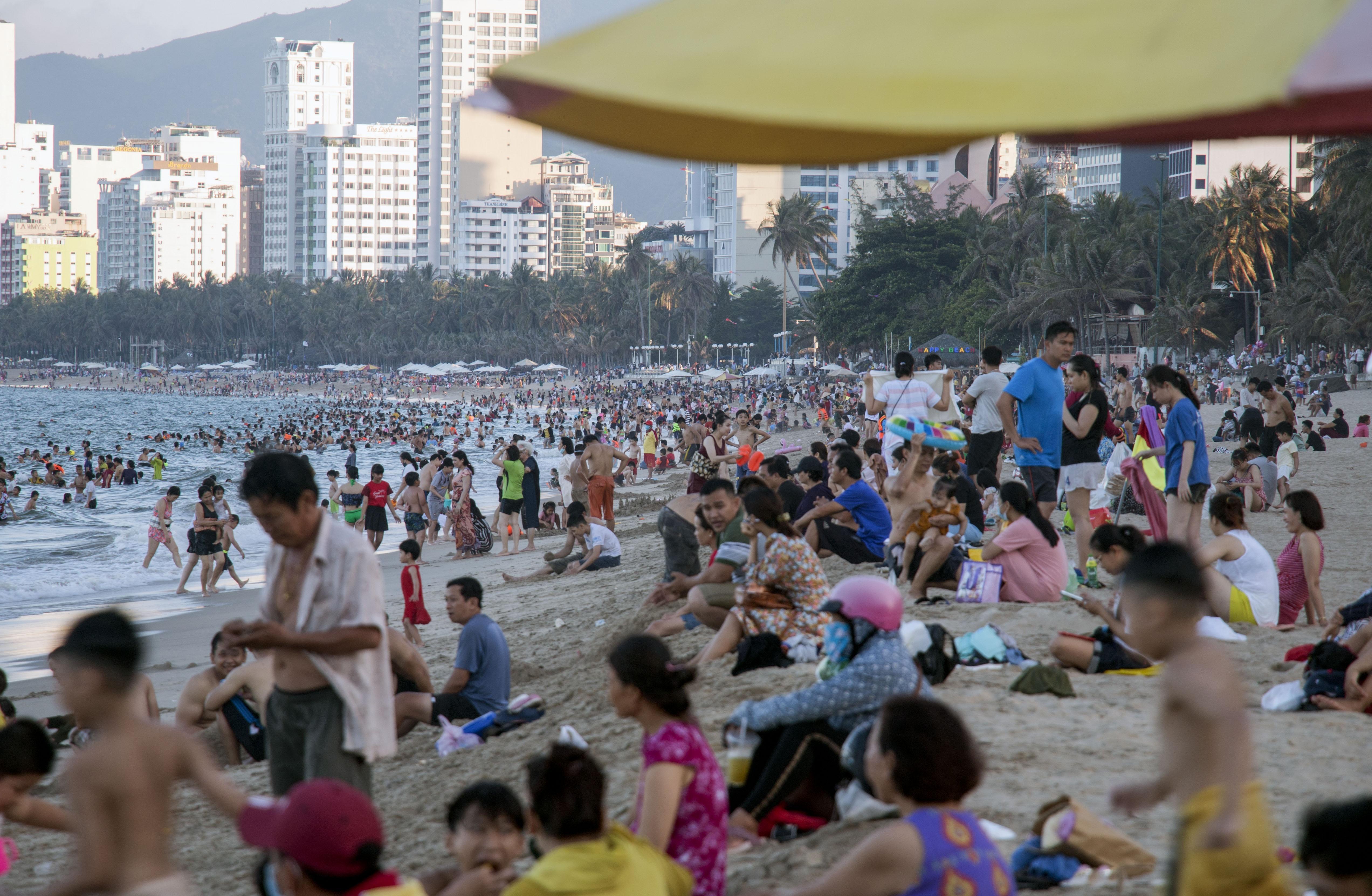 Hàng triệu người du lịch khắp cả nước 4 ngày nghỉ lễ - Ảnh 15.