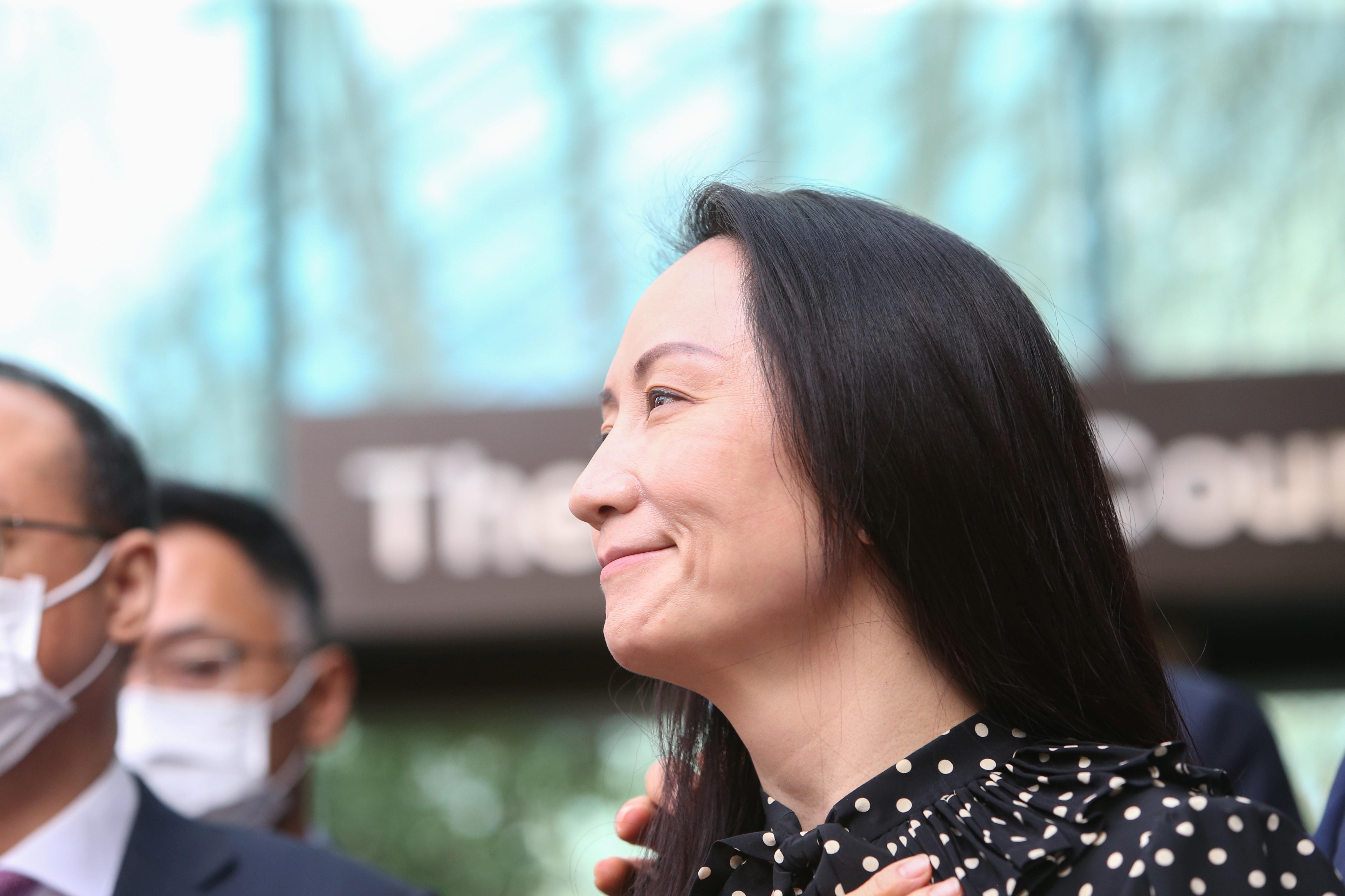 Mạnh Vãn Châu nói bà 'ứa nước mắt' trên chuyến bay về Trung Quốc