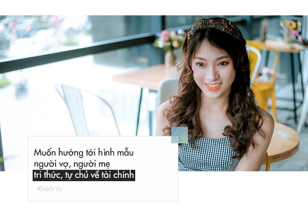 'Hot girl noi 7 thu tieng': Xinh va gioi gio se khong F.A hinh anh 11