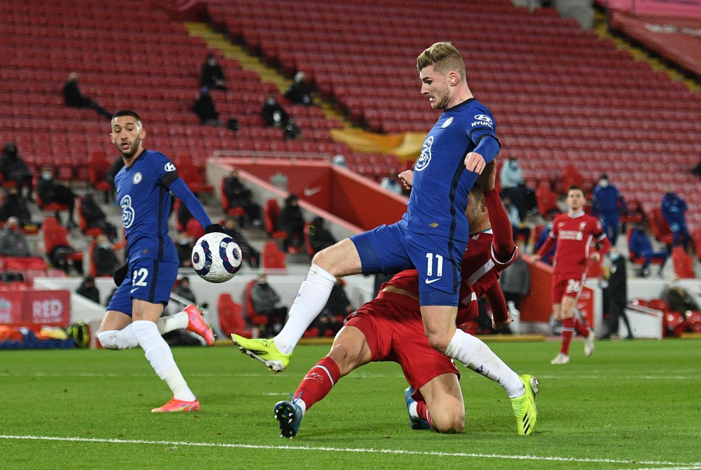 Liverpool dau voi Chelsea anh 1