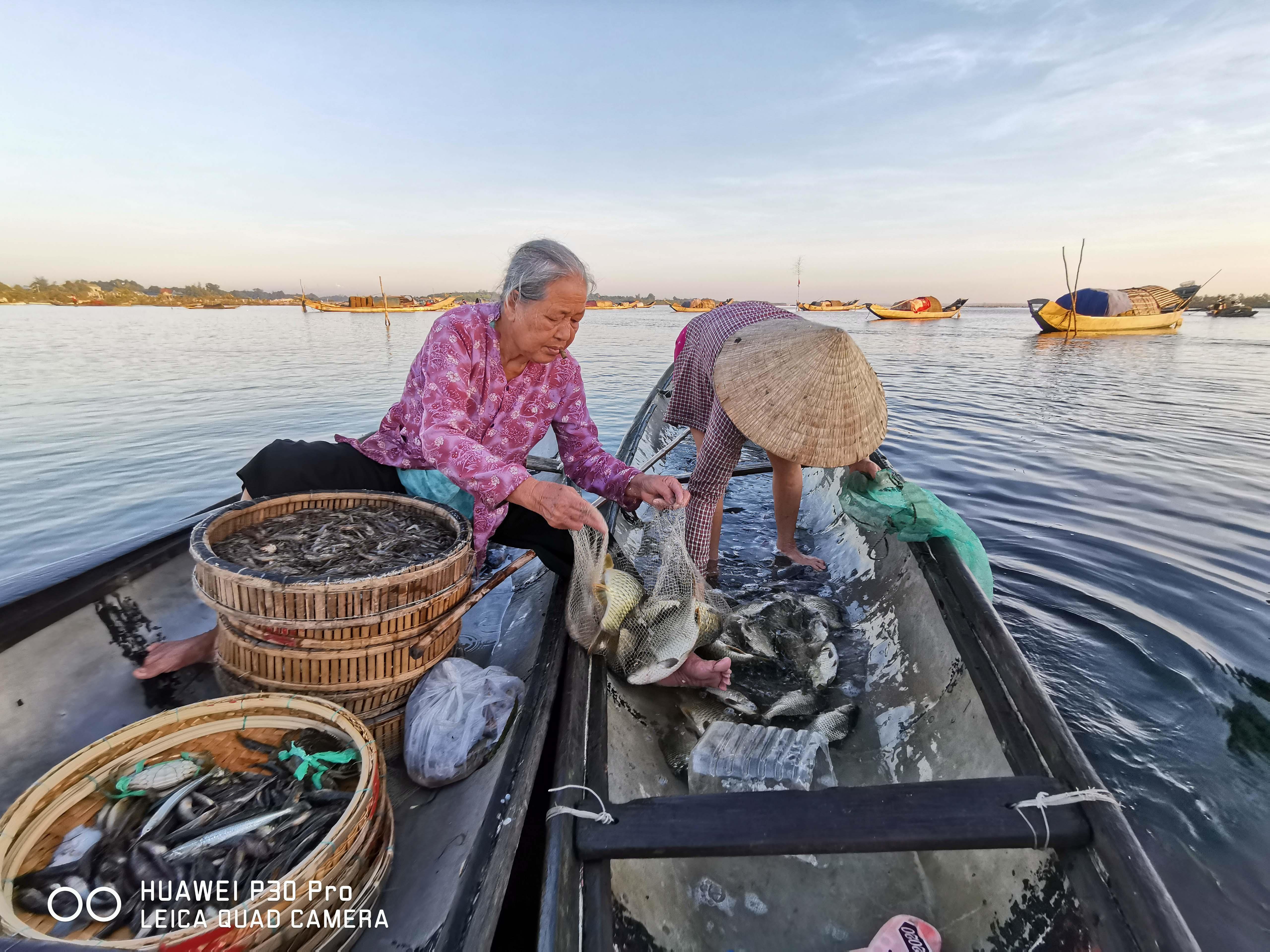 Ninh Binh, Hue sinh dong qua nhung buc hinh biet noi hinh anh 23