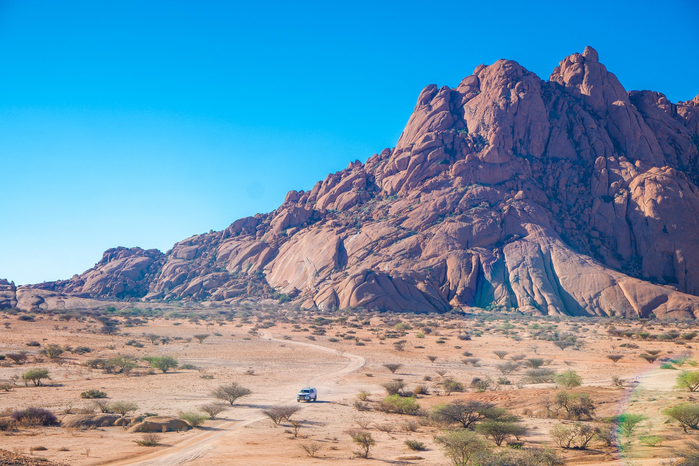 Namibia - den tham thung lung chet, thanh pho ma va dieu khong tuong hinh anh 45