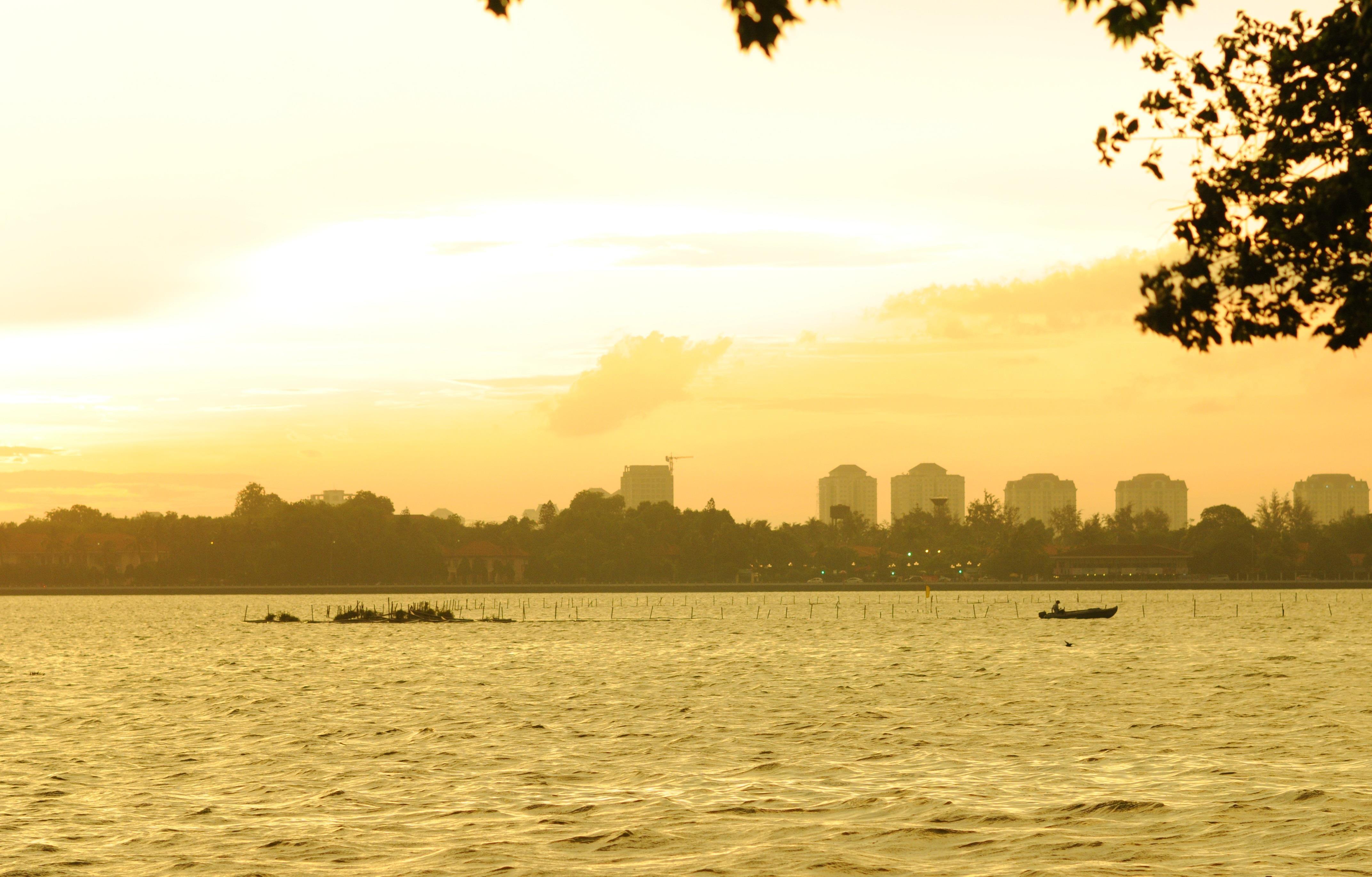 Ho Tay tho mong trong long Ha Noi hinh anh 36