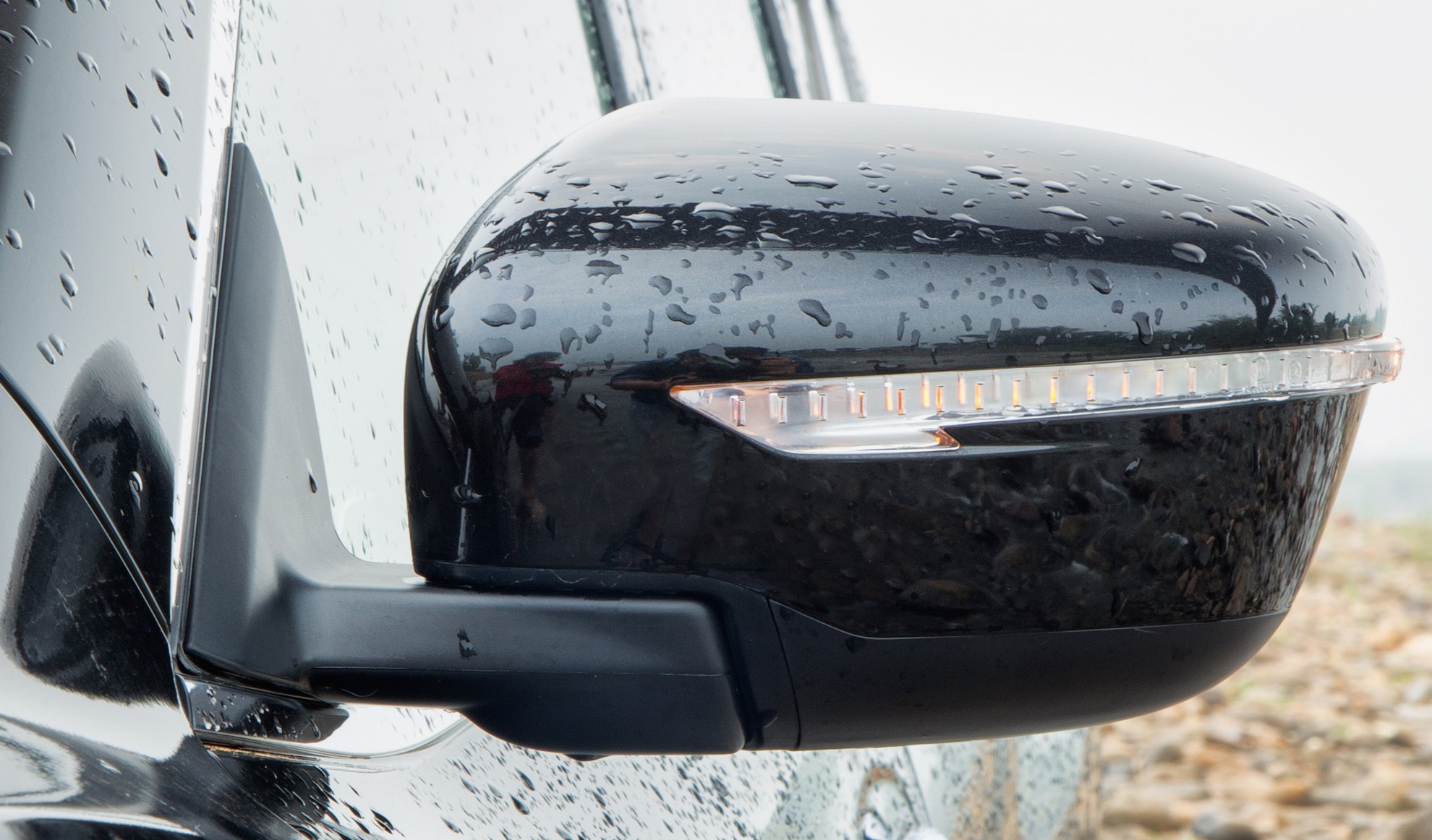 Danh gia Nissan X-Trail: Chay dua ve gia va cong nghe an toan hinh anh 7