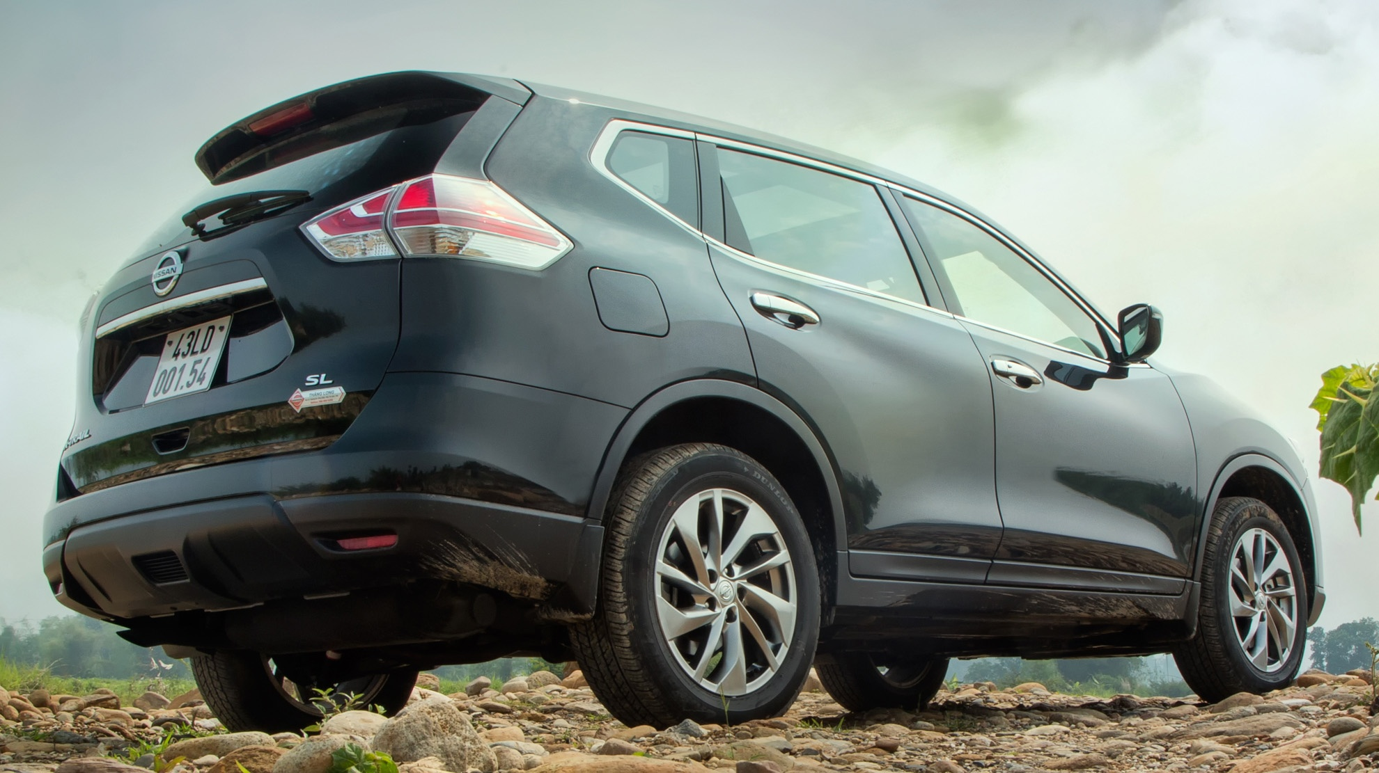 Danh gia Nissan X-Trail: Chay dua ve gia va cong nghe an toan hinh anh 6