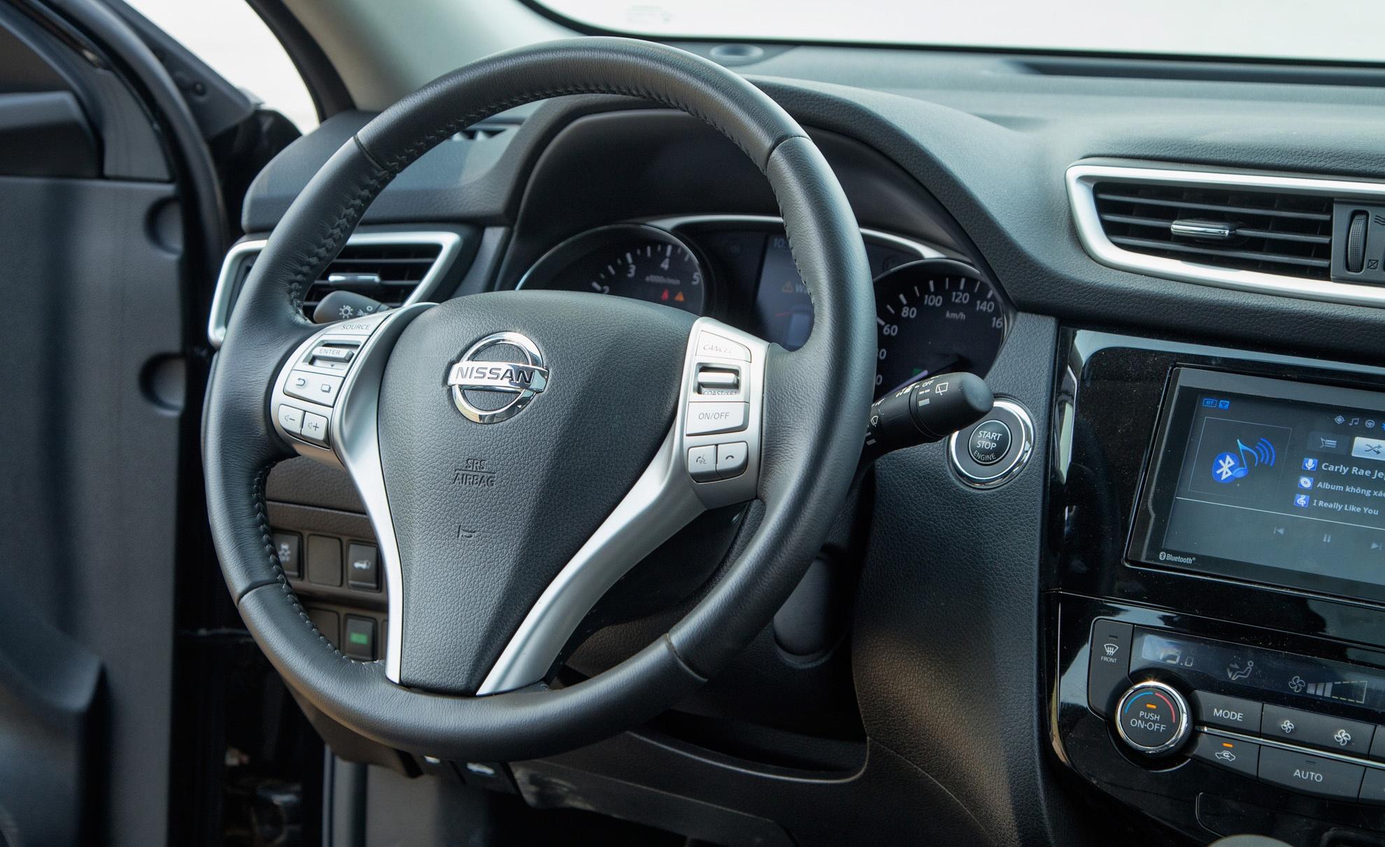 Danh gia Nissan X-Trail: Chay dua ve gia va cong nghe an toan hinh anh 4