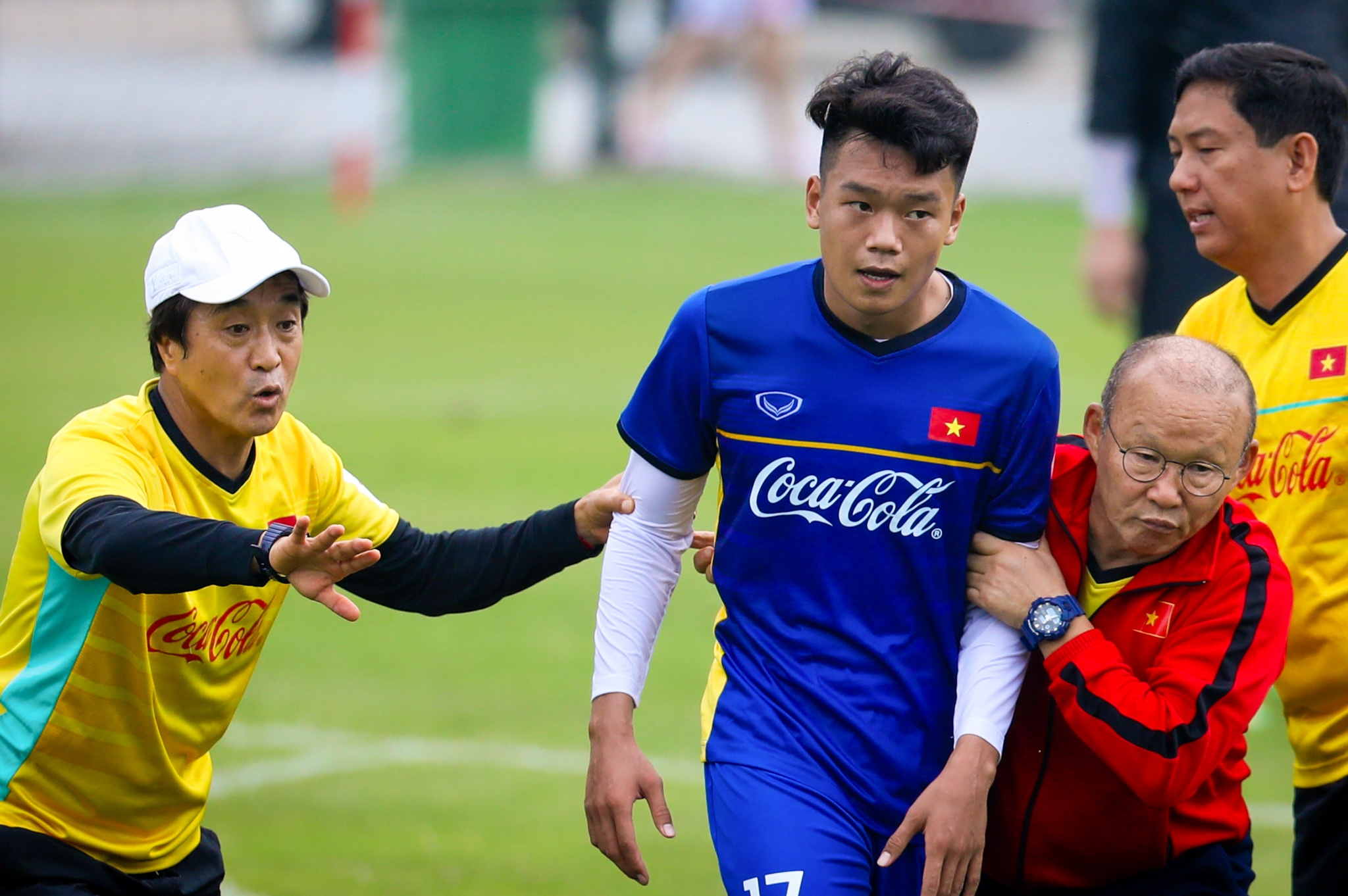 Nhin lai 2 nam cua HLV Park Hang-seo voi bong da Viet Nam hinh anh 2