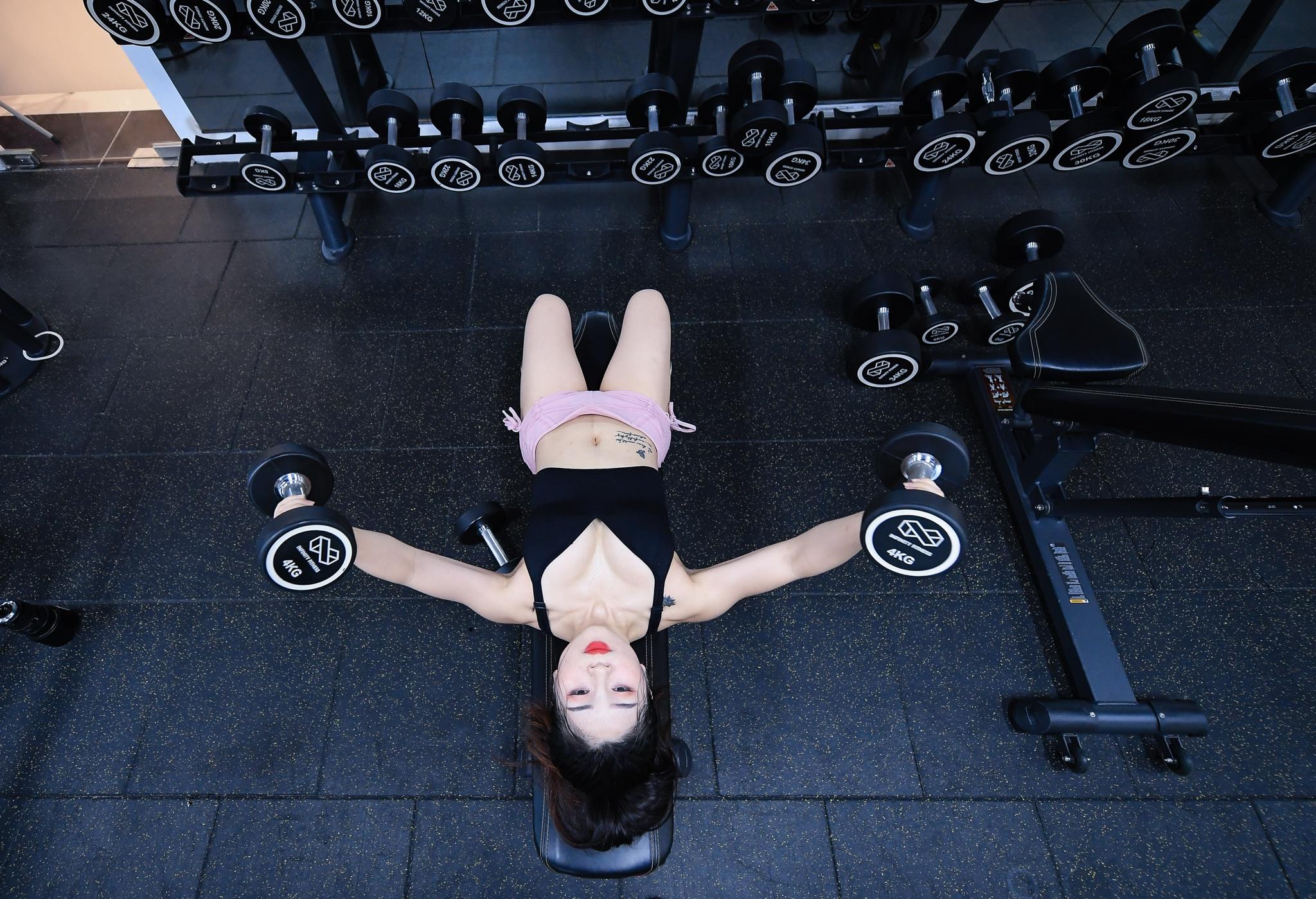 Hot girl mua con so khong ai yeu vi qua manh me hinh anh 18 17_anh_to_hot_girl_mua_con_zing40.jpg