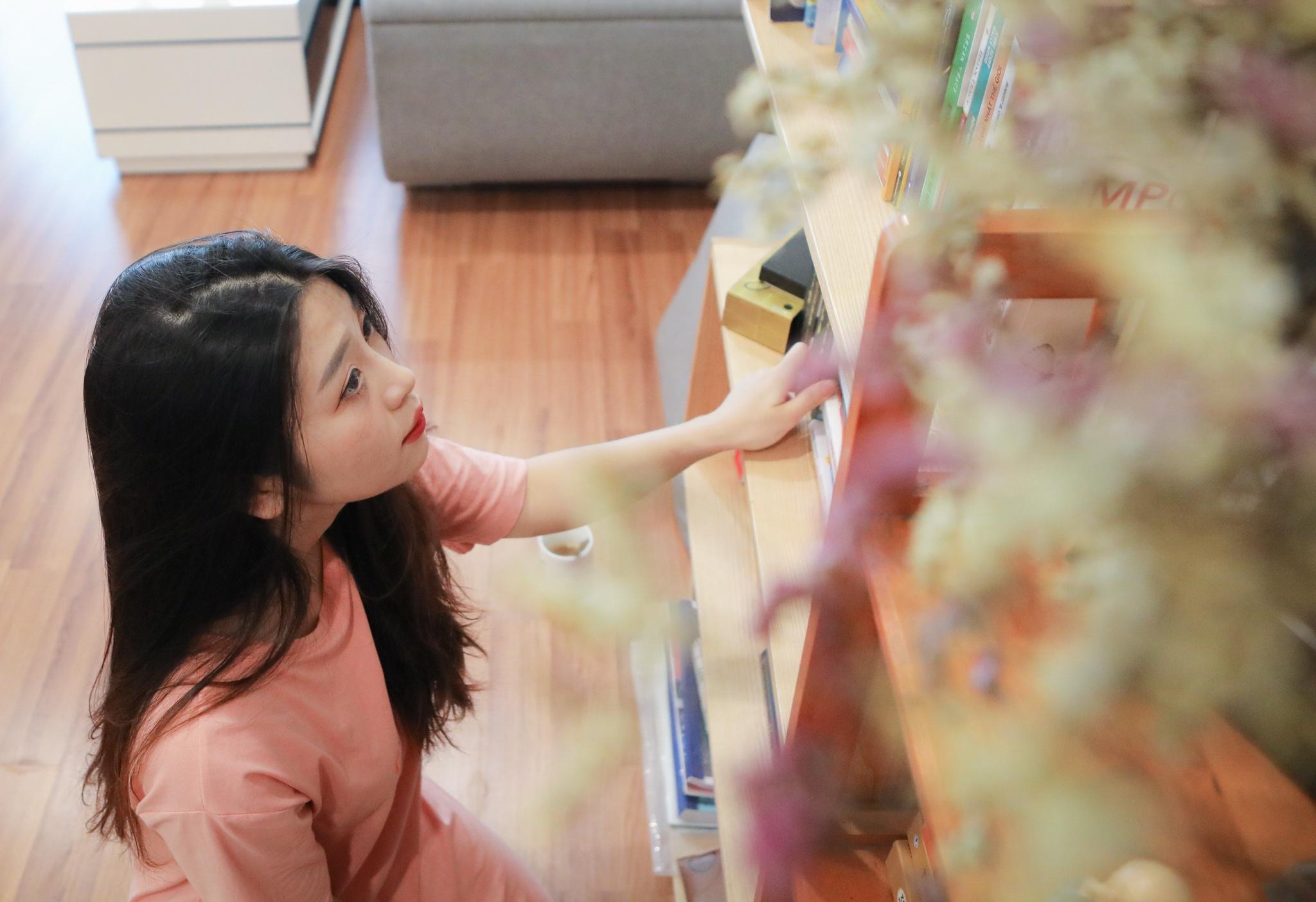 Hot girl mua con so khong ai yeu vi qua manh me hinh anh 28 30_hot_girl_mua_con_zing21.jpg