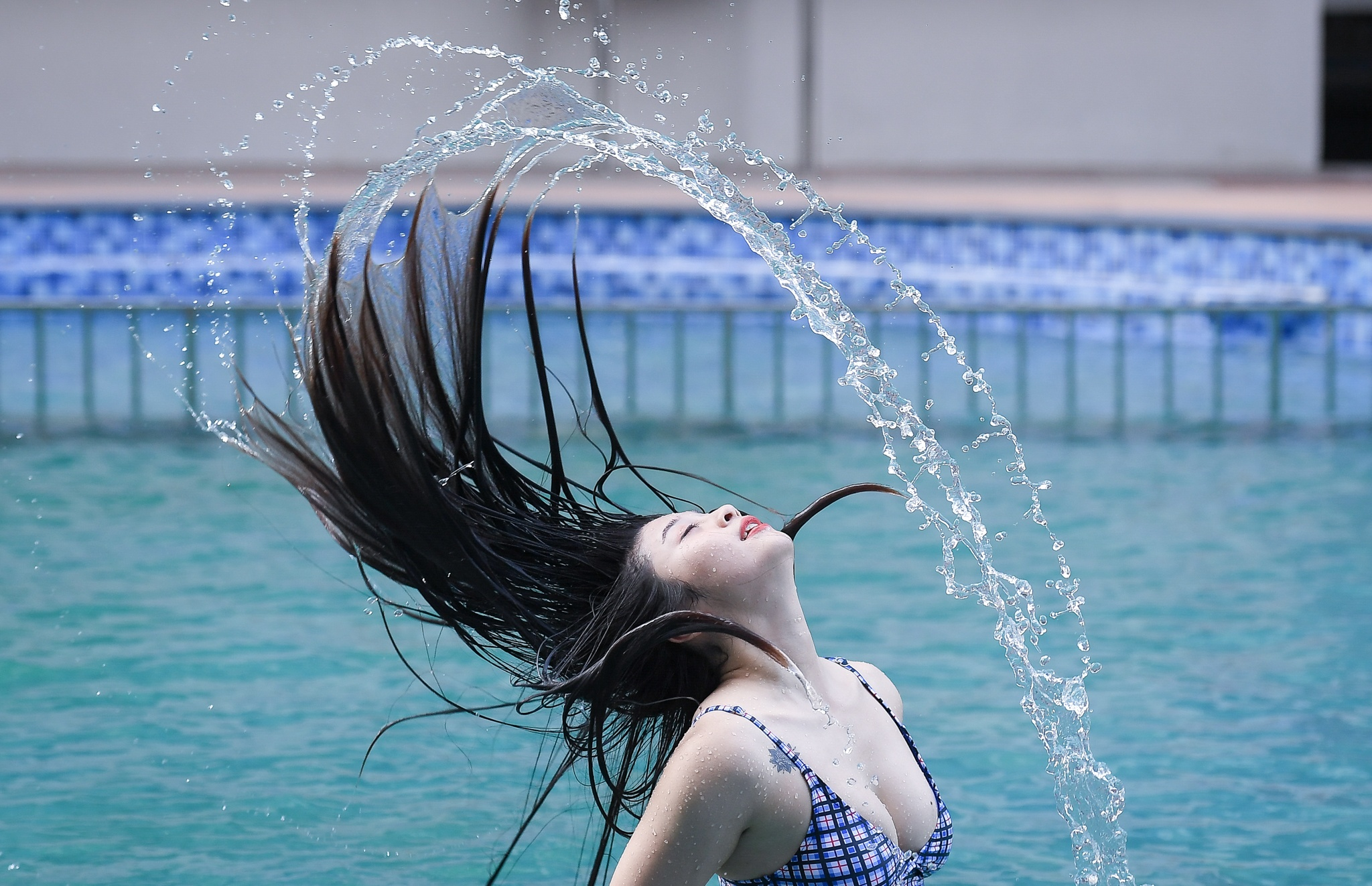 Hot girl mua con so khong ai yeu vi qua manh me hinh anh 35 37_hot_girl_mua_con_zing48.jpg