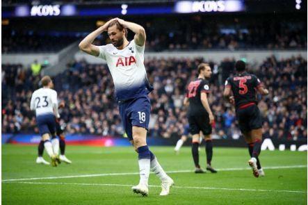 Tottenham vs Huddersfield anh 22