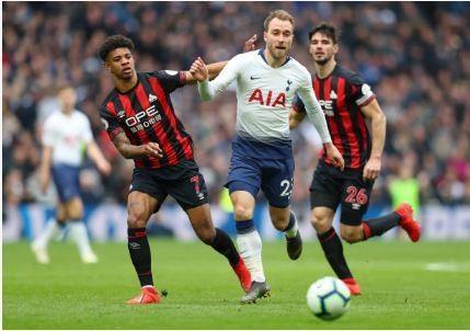 Tottenham vs Huddersfield anh 19