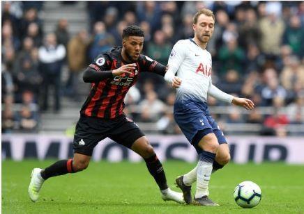 Tottenham vs Huddersfield anh 25