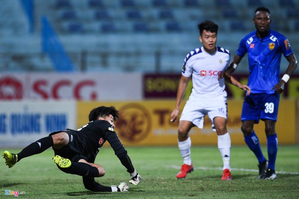 truc tiep Quang ninh vs CLB Ha Noi anh 4