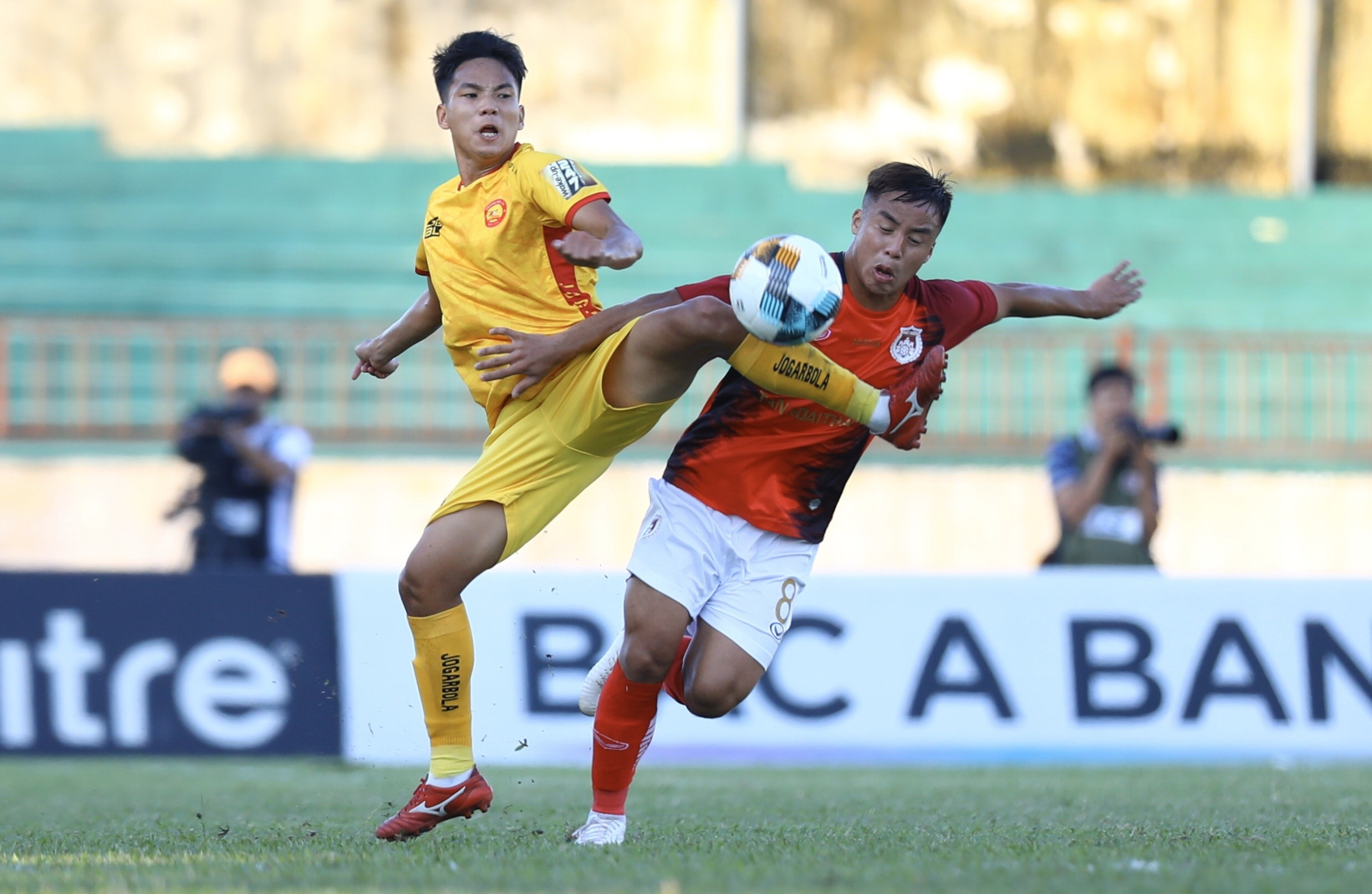 truc tiep play-off Thanh Hoa vs Pho Hien anh 9